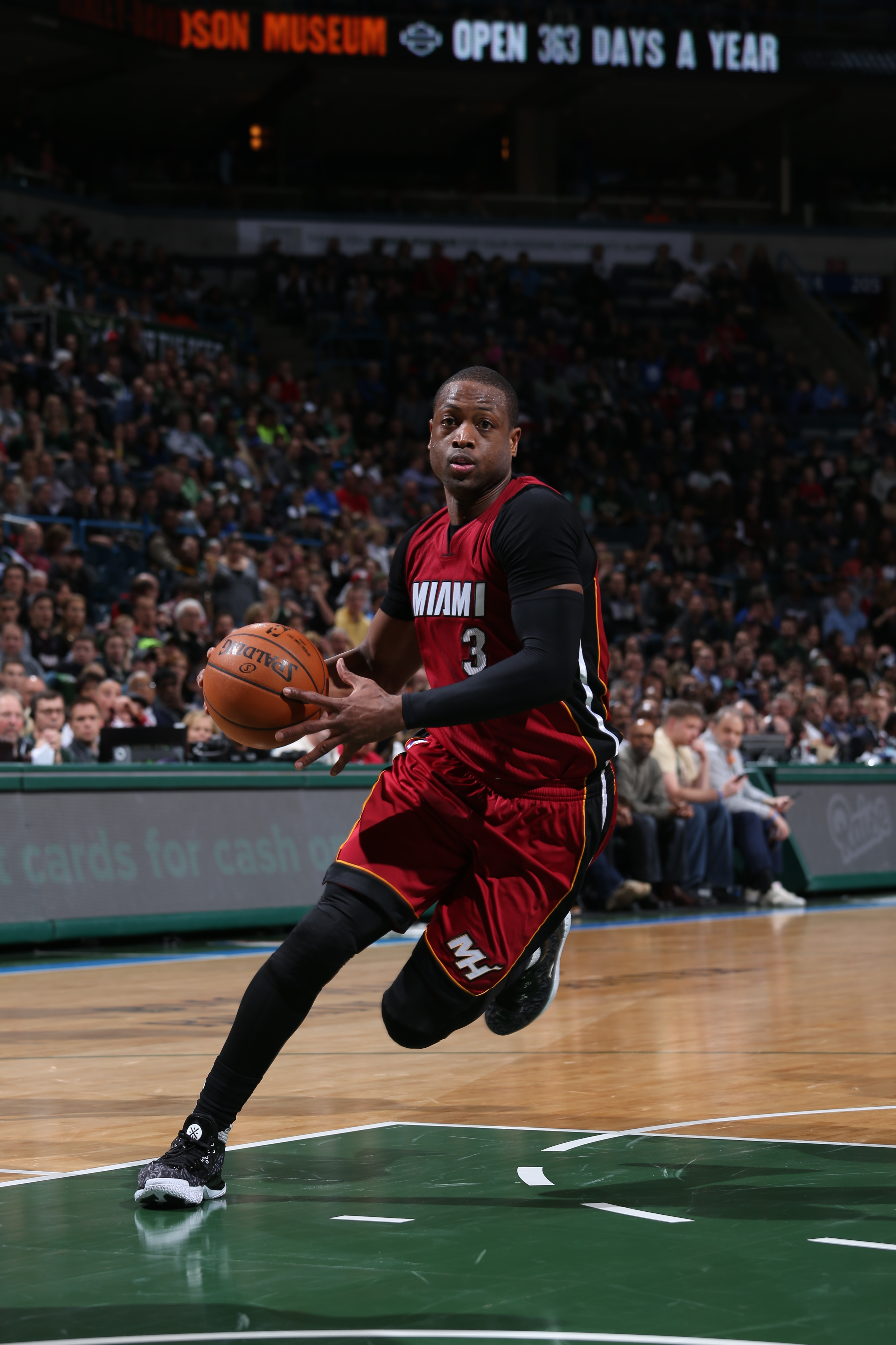MILWAUKEE, WI - JANUARY 29:  Dwyane Wade #3 of the Miami Heat drives to the basket against the Milwaukee Bucks on January 29, 2016 at the BMO Harris Bradley Center in Milwaukee, Wisconsin. (Photo by Gary Dineen/NBAE via Getty Images)
