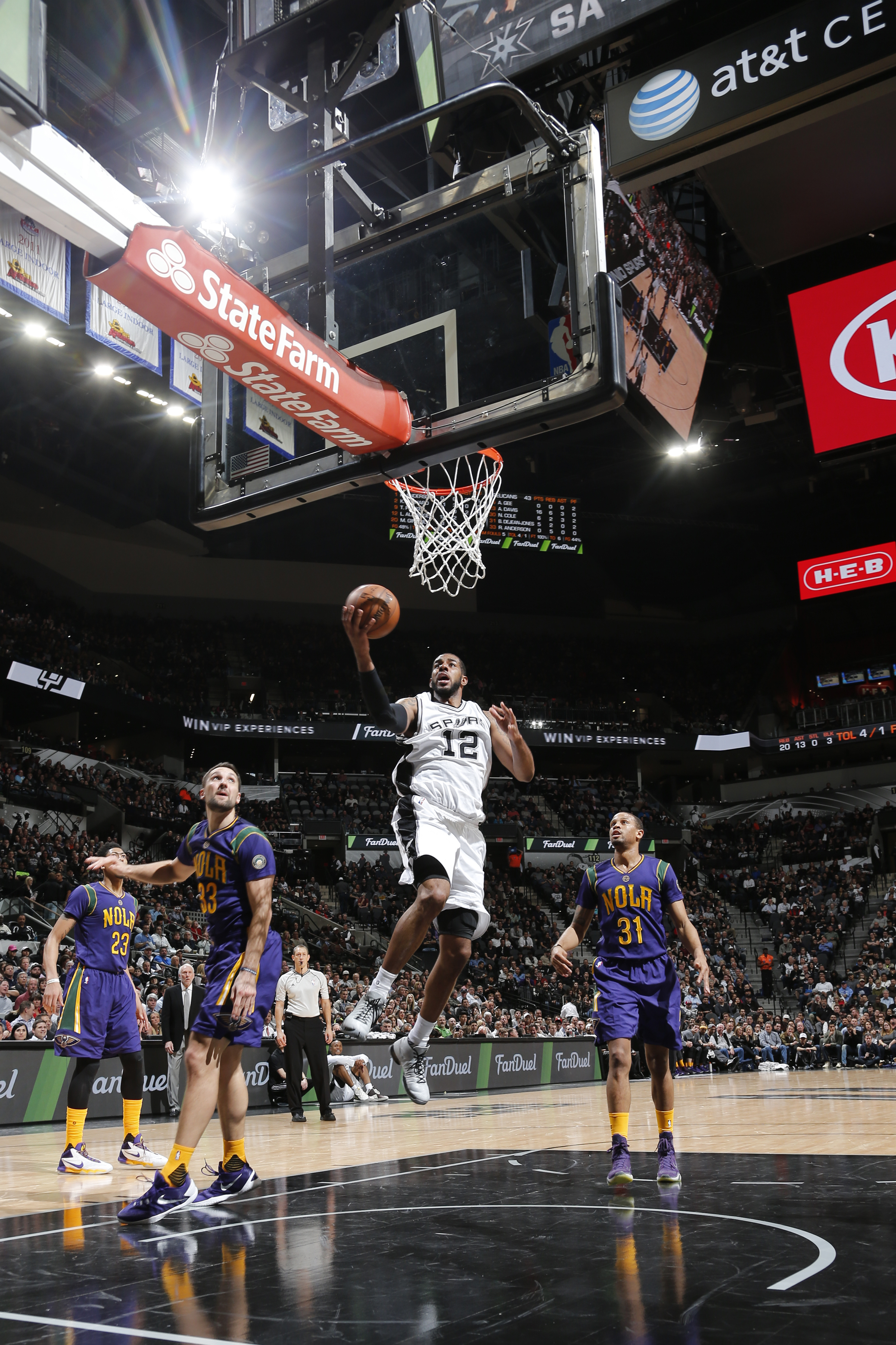 SAN ANTONIO, TX - FEBRUARY 3:  LaMarcus Aldridge #12 of the San Antonio Spurs shoots a lay up against the New Orleans Pelicans on February 3, 2016 at the AT&T Center in San Antonio, Texas.