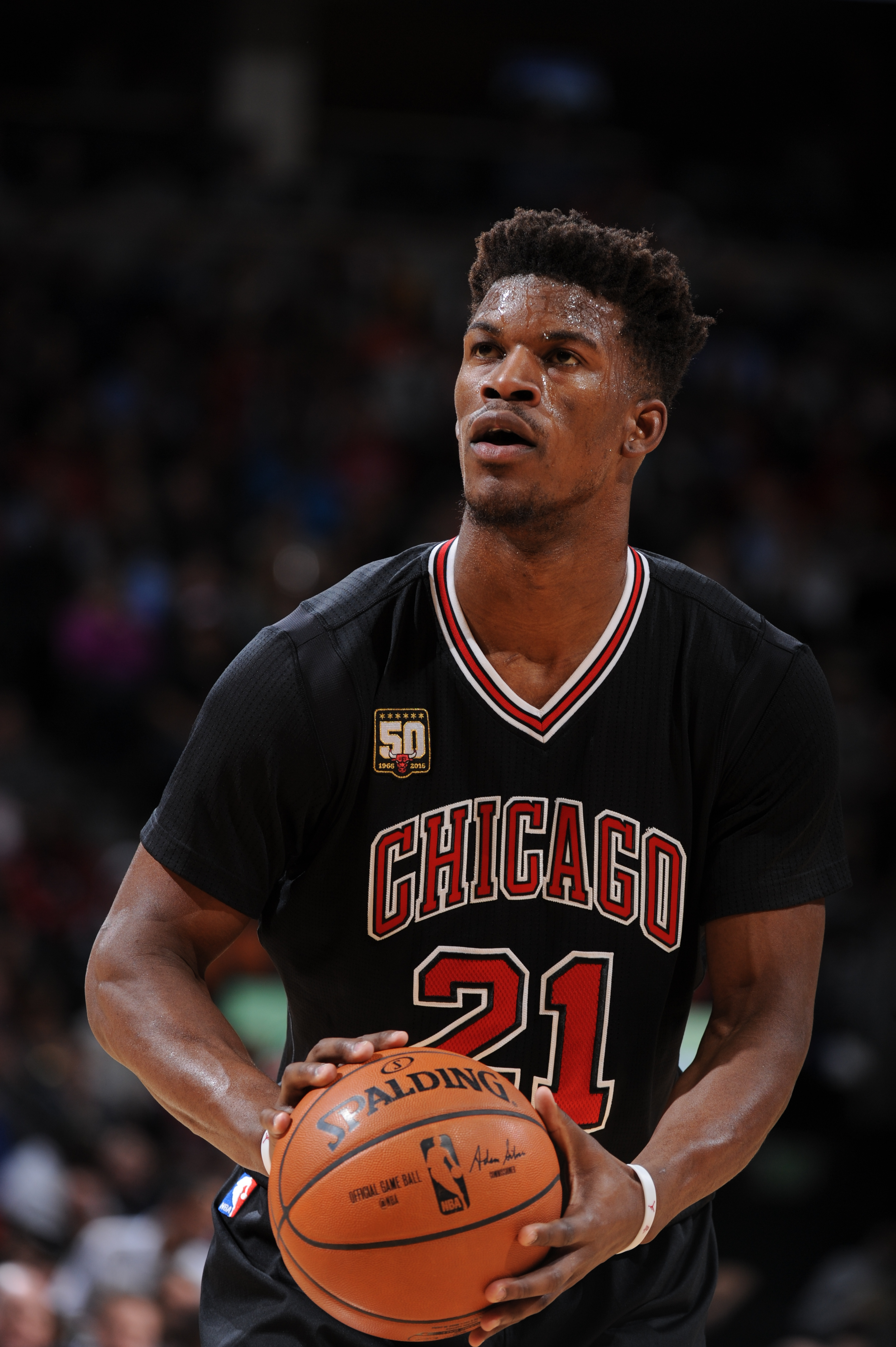 DENVER, CO - FEBRUARY 5:  Jimmy Butler #21 of the Chicago Bulls prepares to shoot a free throw against the Denver Nuggets on February 5, 2016 at the Pepsi Center in Denver, Colorado. (Photo by Garrett Ellwood/NBAE via Getty Images)