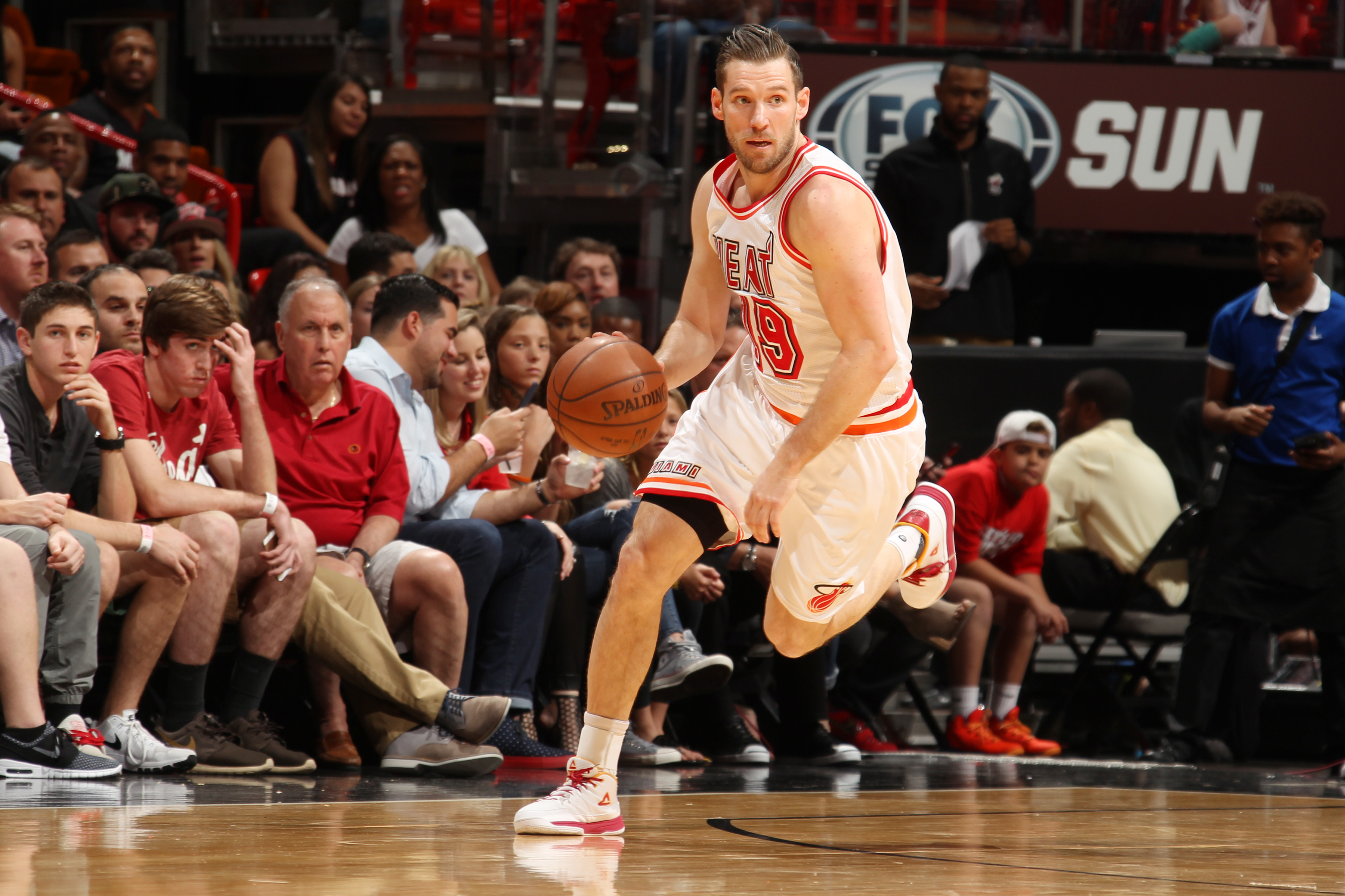 MIAMI, FL - FEBRUARY 20:  Beno Udrih #19 of the Miami Heat handles the ball against the Washington Wizards on February 20, 2016 at American Airlines Arena in Miami, Florida. (Photo by Issac Baldizon/NBAE via Getty Images)