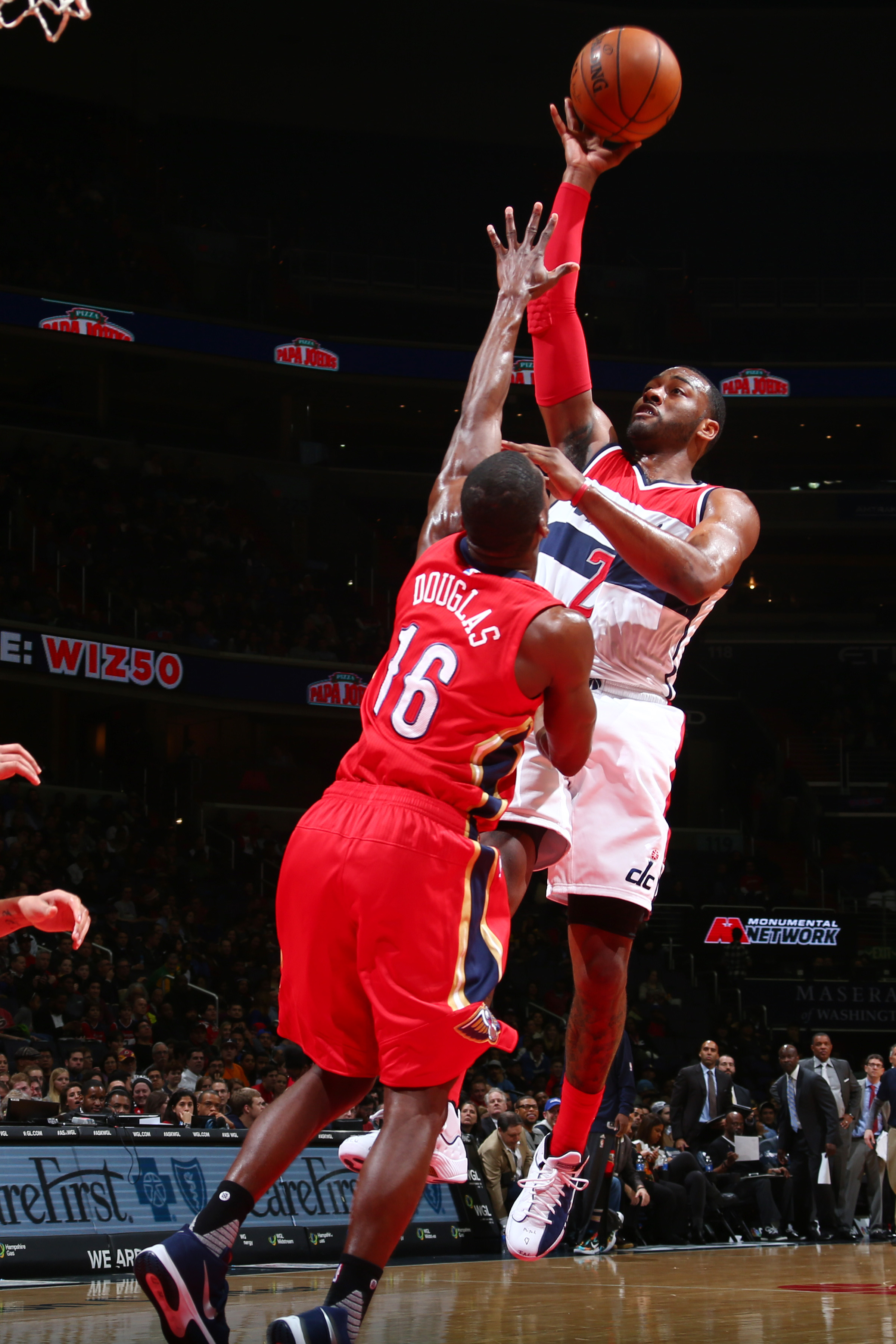 WASHINGTON, DC - FEBRUARY 23: John Wall #2 of the Washington Wizards shoots the ball against the New Orleans Pelicans on February 23, 2016 at Verizon Center in Washington, DC. (Photo by Ned Dishman/NBAE via Getty Images)