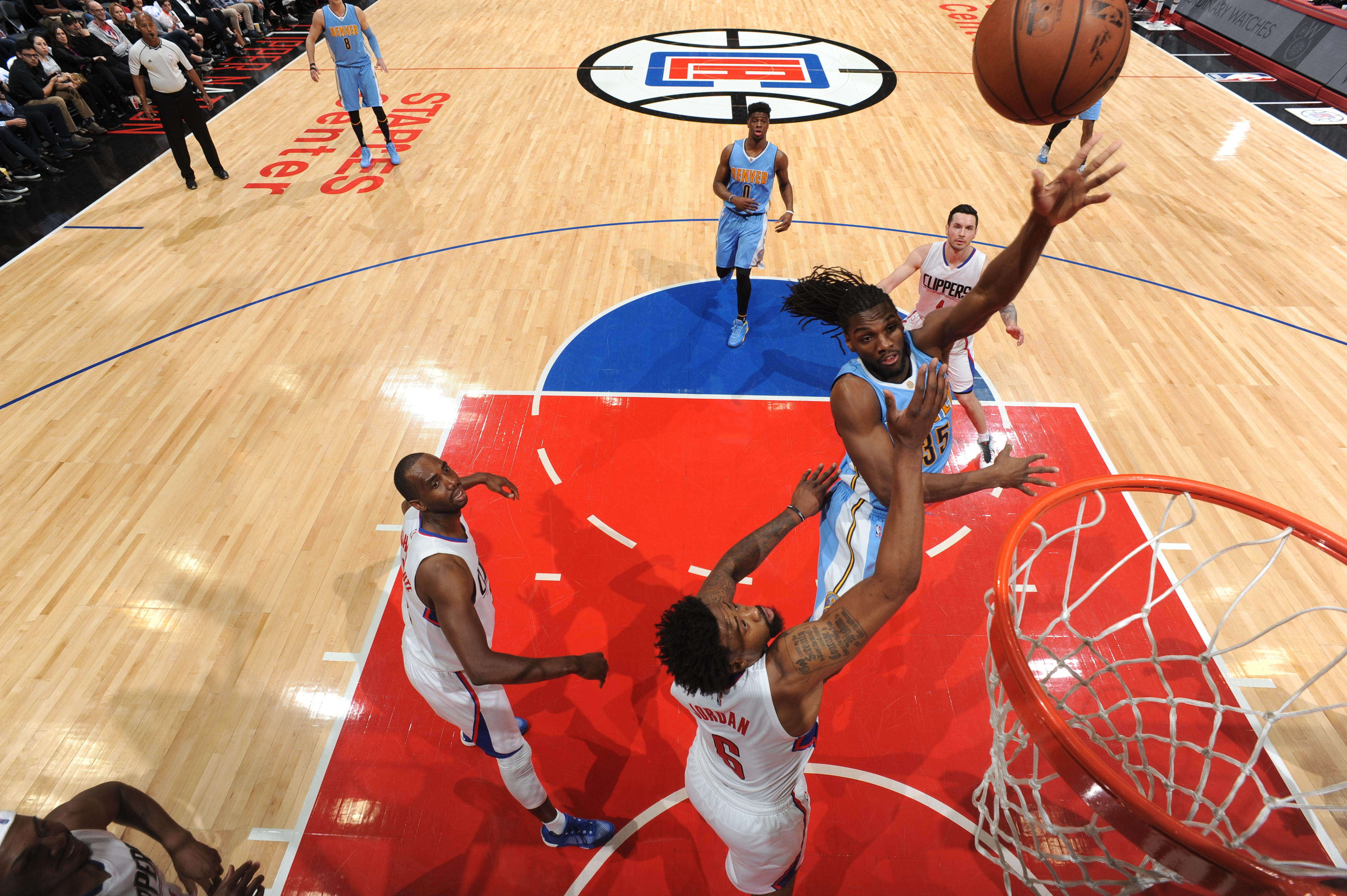 LOS ANGELES, CA - FEBRUARY 24: Kenneth Faried #35 of the Denver Nuggets hooks the shot against the Los Angeles Clippers during the game on February 24, 2016 at STAPLES Center in Los Angeles, California. (Photo by Andrew D. Bernstein/NBAE via Getty Images)