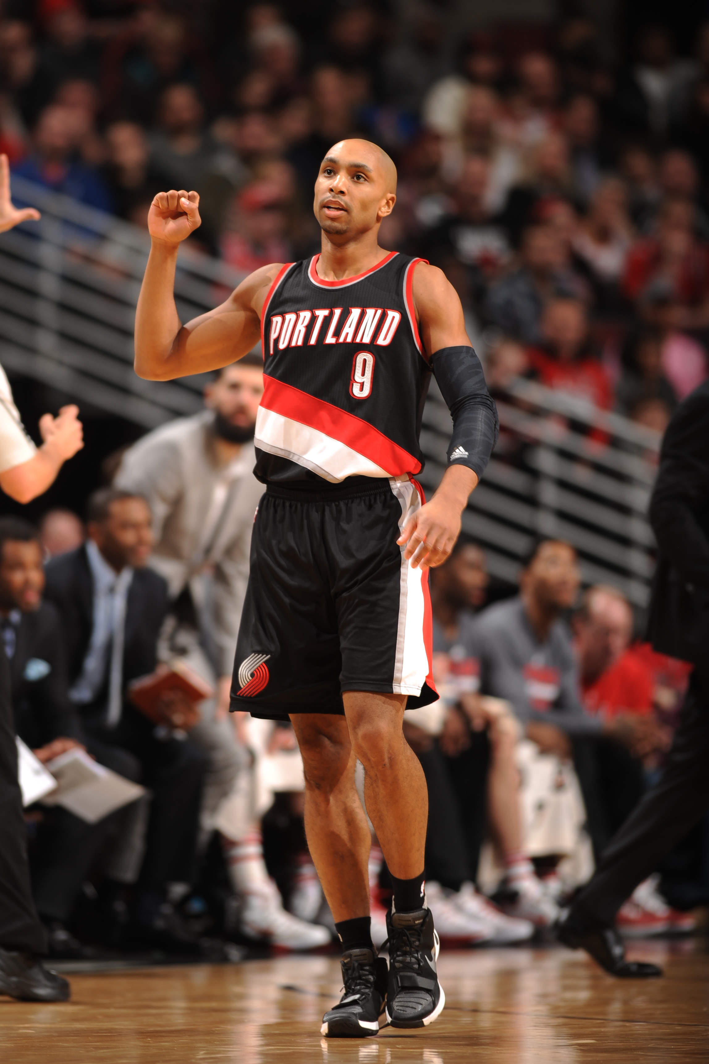 CHICAGO, IL - FEBRUARY 27: Damian Lillard #0 of the Portland Trail Blazers celebrates after a play against the Chicago Bulls during the game on February 27, 2016 at United Center in Chicago, Illinois. (Photo by Randy Belice/NBAE via Getty Images)