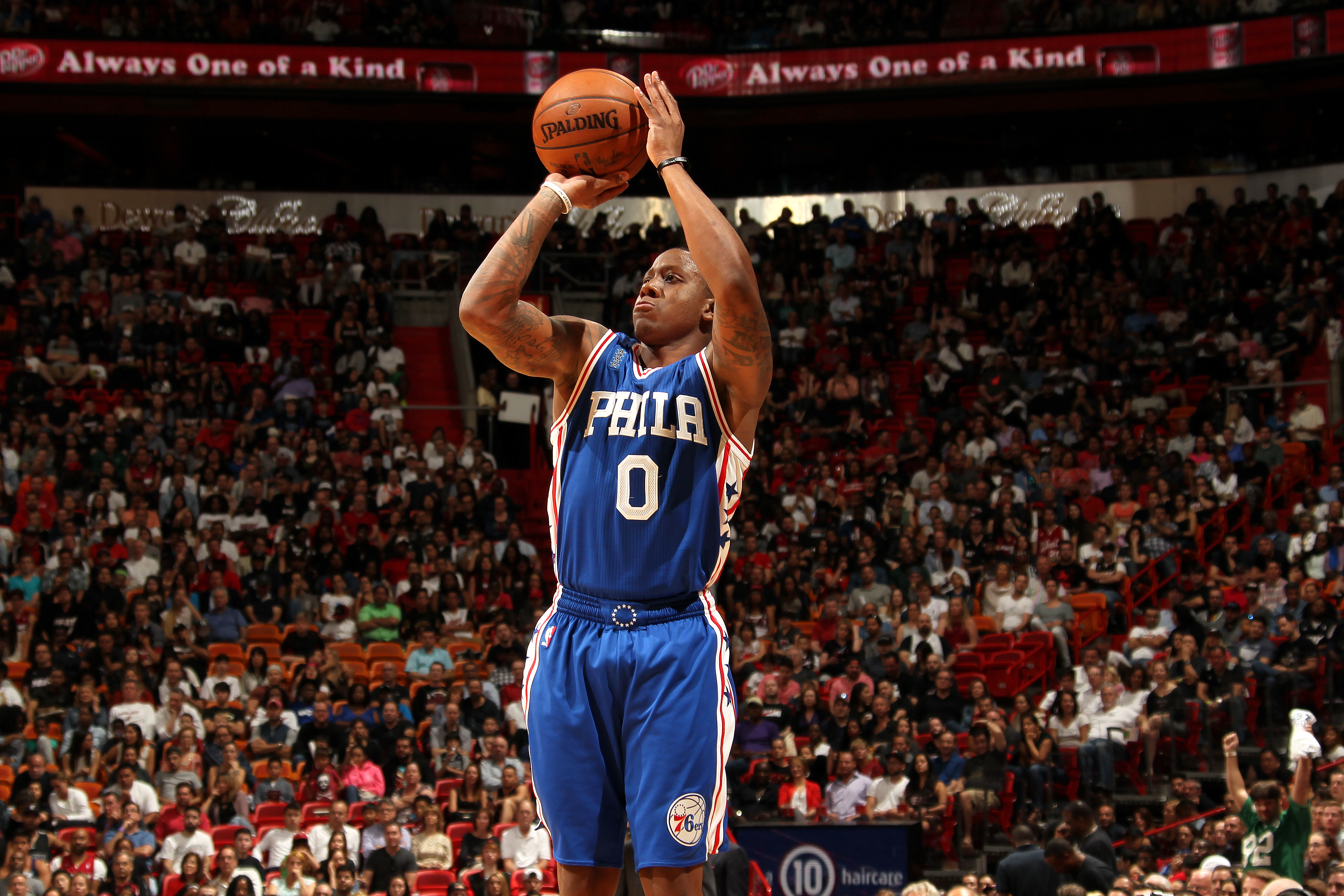 MIAMI, FL - MARCH 6: Isaiah Canaan #0 of the Philadelphia 76ers shoots the ball during the game against the Miami Heat on March 6, 2016 at AmericanAirlines Arena in Miami, Florida. (Photo by Issac Baldizon/NBAE via Getty Images)