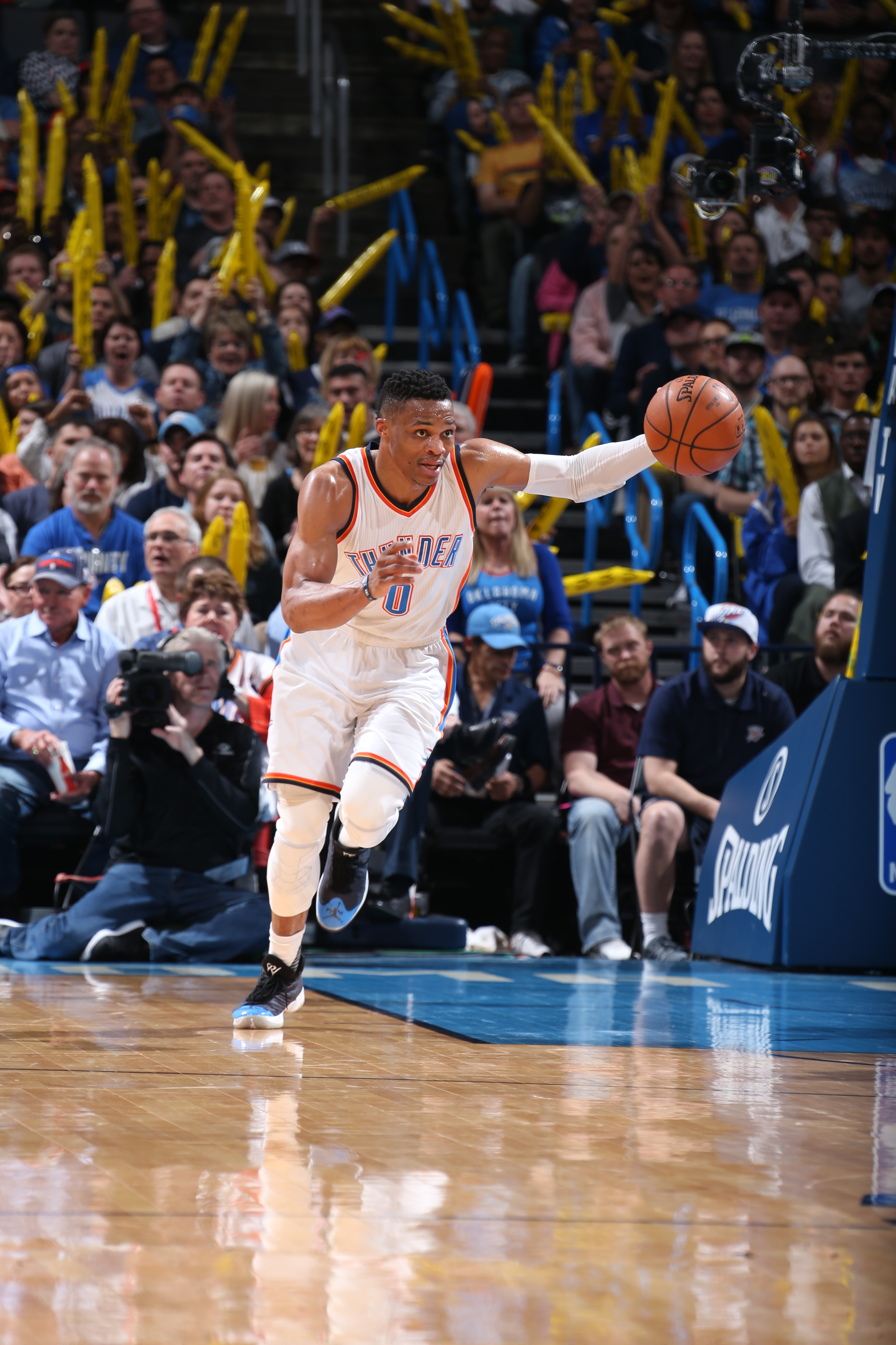 OKLAHOMA CITY, OK - MARCH 9:  Russell Westbrook #0 of the Oklahoma City Thunder brings the ball up court against the Los Angeles Clippers on March 9, 2016 at Chesapeake Energy Arena in Oklahoma City, Oklahoma. (Photo by Layne Murdoch Jr./NBAE via Getty Im