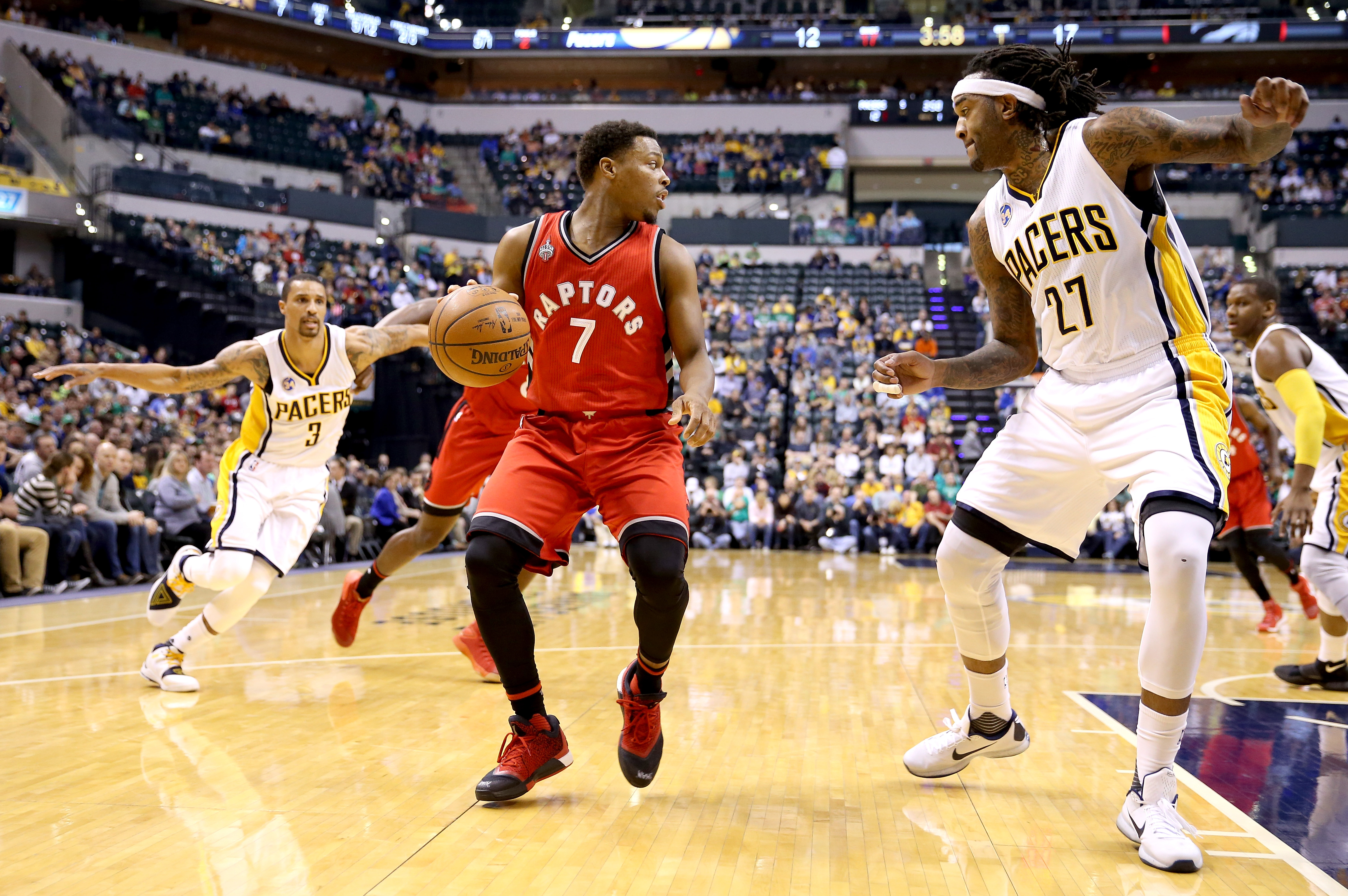 INDIANAPOLIS, IN - MARCH 17: Kyle Lowry #7 of the Toronto Raptors dribbles the ball against the Indiana Pacers during the game at Bankers Life Fieldhouse on March 17, 2016 in Indianapolis, Indiana. (Photo by Andy Lyons/Getty Images)