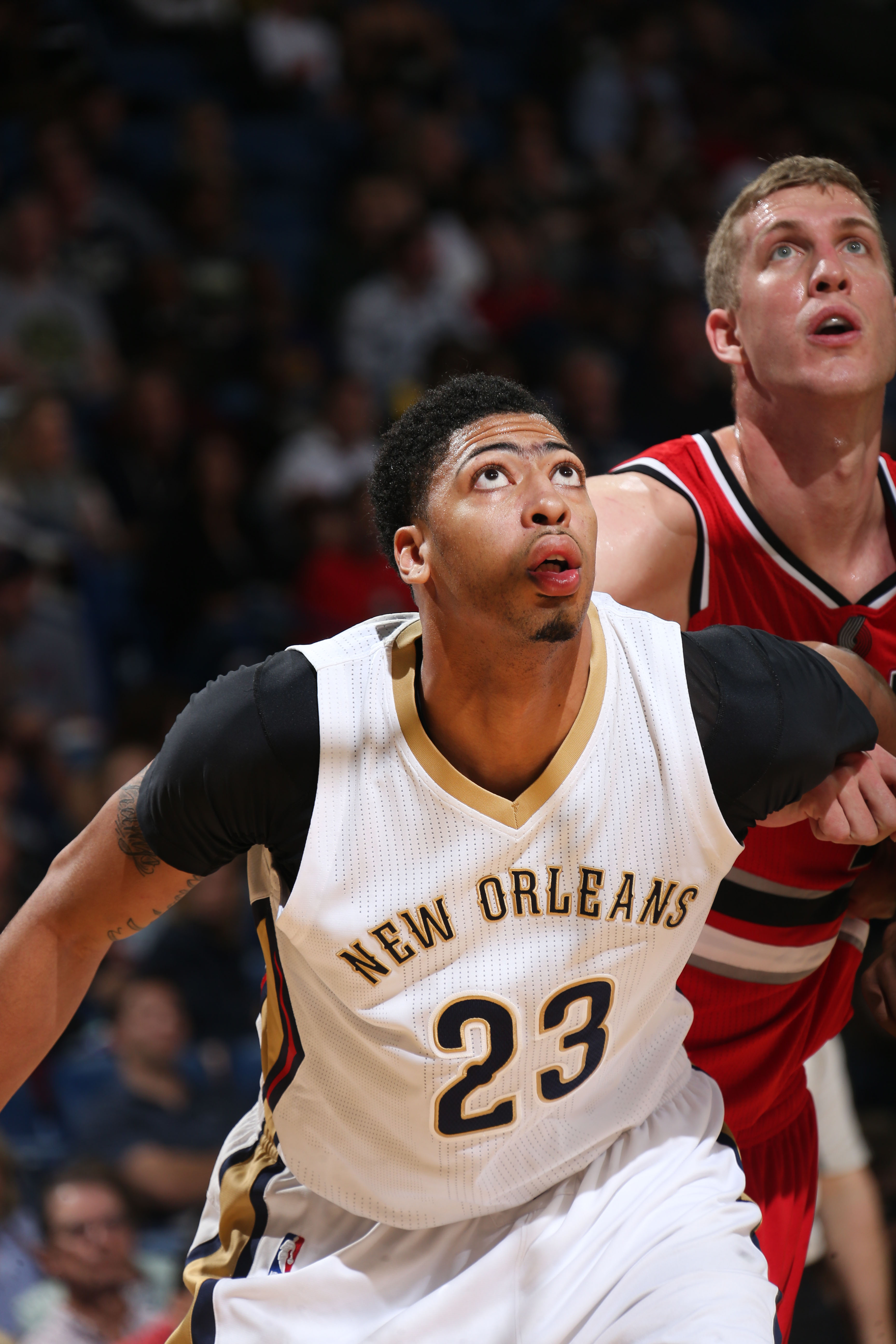 NEW ORLEANS, LA  - MARCH 18: Anthony Davis #23 of the New Orleans Pelicans defends the basket against the Portland Trail Blazers during the game on March 18, 2016 at Smoothie King Center in New Orleans, Louisiana. (Photo by Layne Murdoch Jr./NBAE via Gett