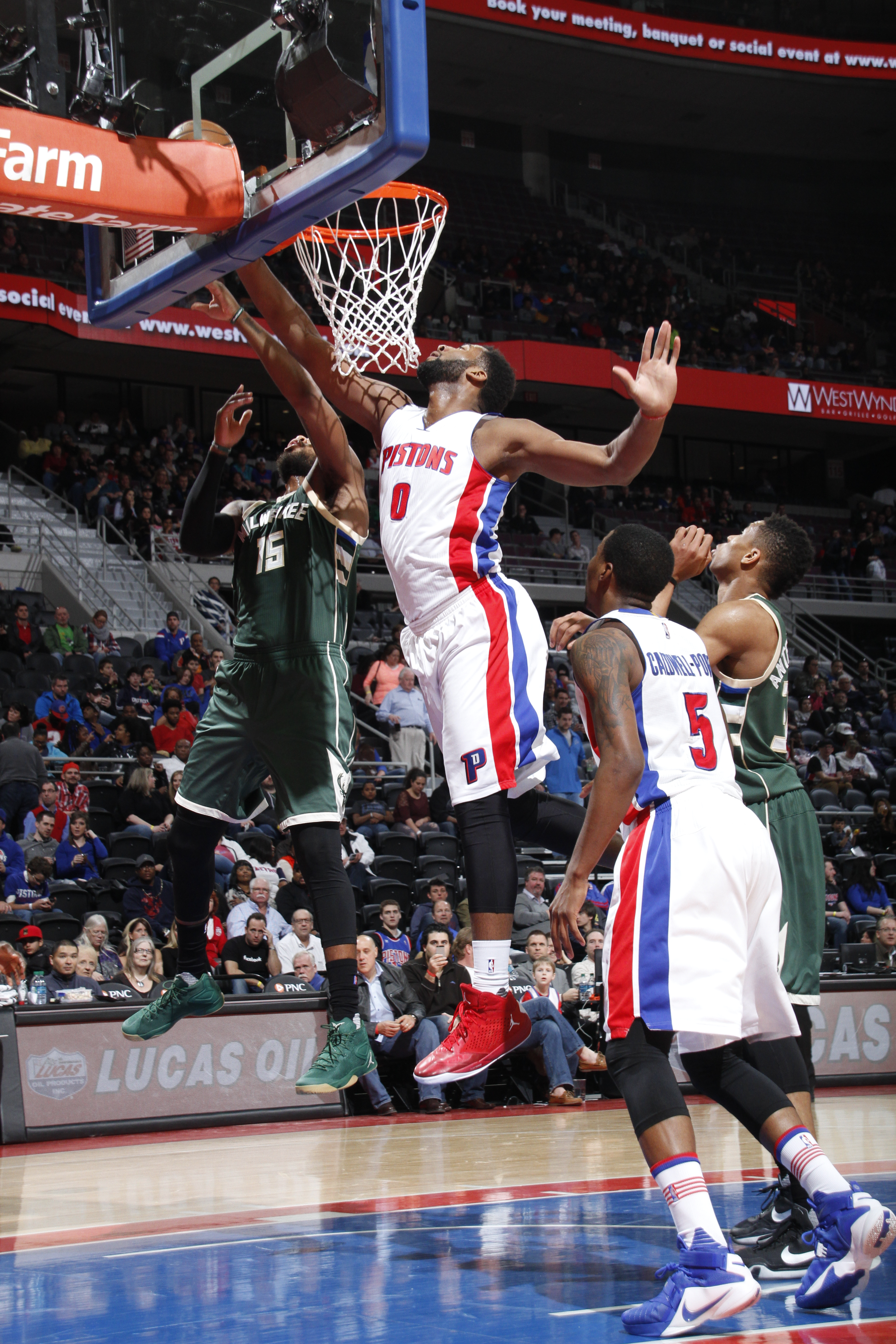 AUBURN HILLS, MI - MARCH 21: Andre Drummond #0 of the Detroit Pistons shoots the ball against the Milwaukee Bucks on March 21, 2016 at The Palace of Auburn Hills in Auburn Hills, Michigan. (Photo by B. Sevald/Einstein/NBAE via Getty Images)