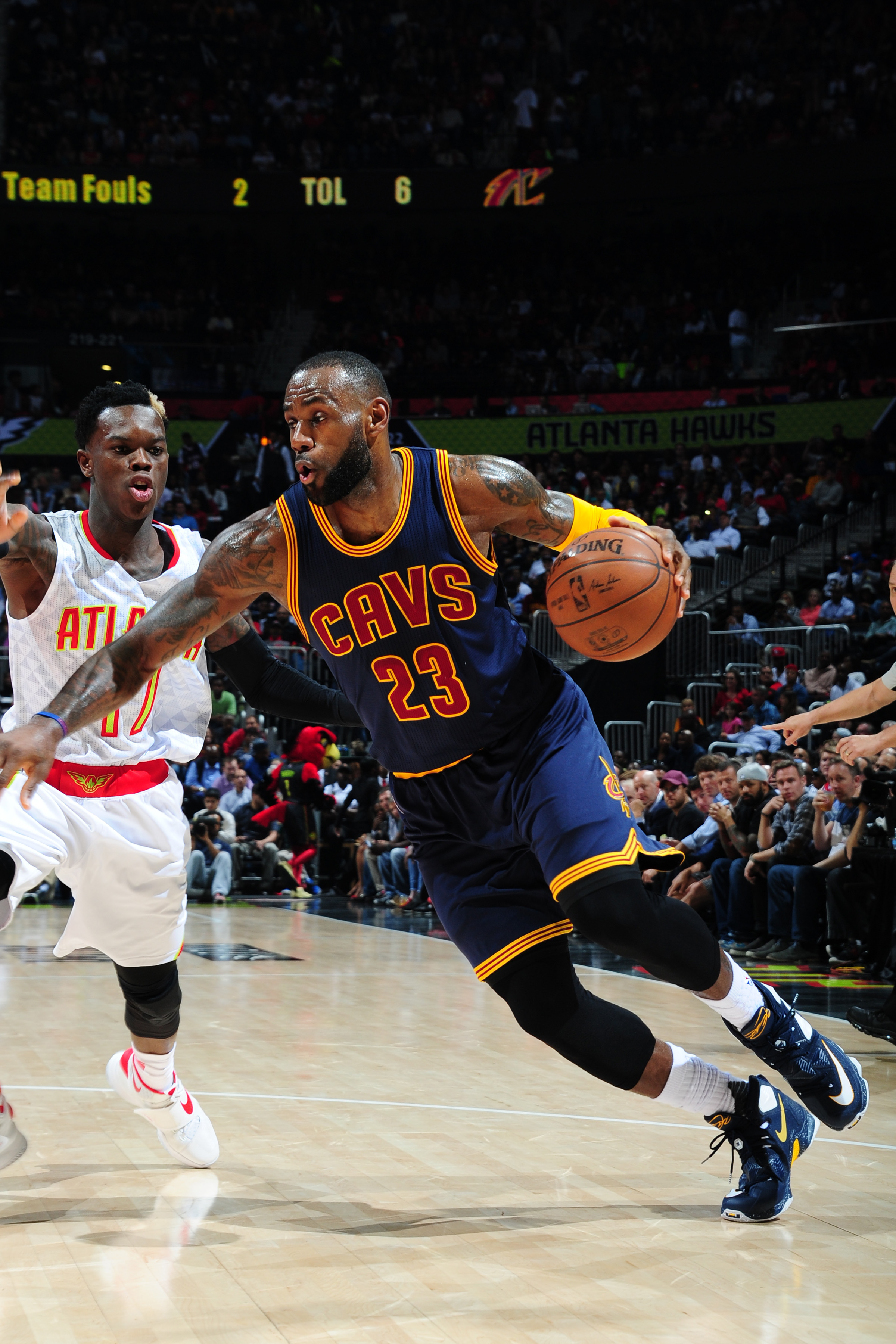 ATLANTA, GA - APRIL 1: LeBron James #23 of the Cleveland Cavaliers handles the ball against the Atlanta Hawks on April 1, 2016 at Philips Arena in Atlanta, Georgia.  (Photo by Scott Cunningham/NBAE via Getty Images)