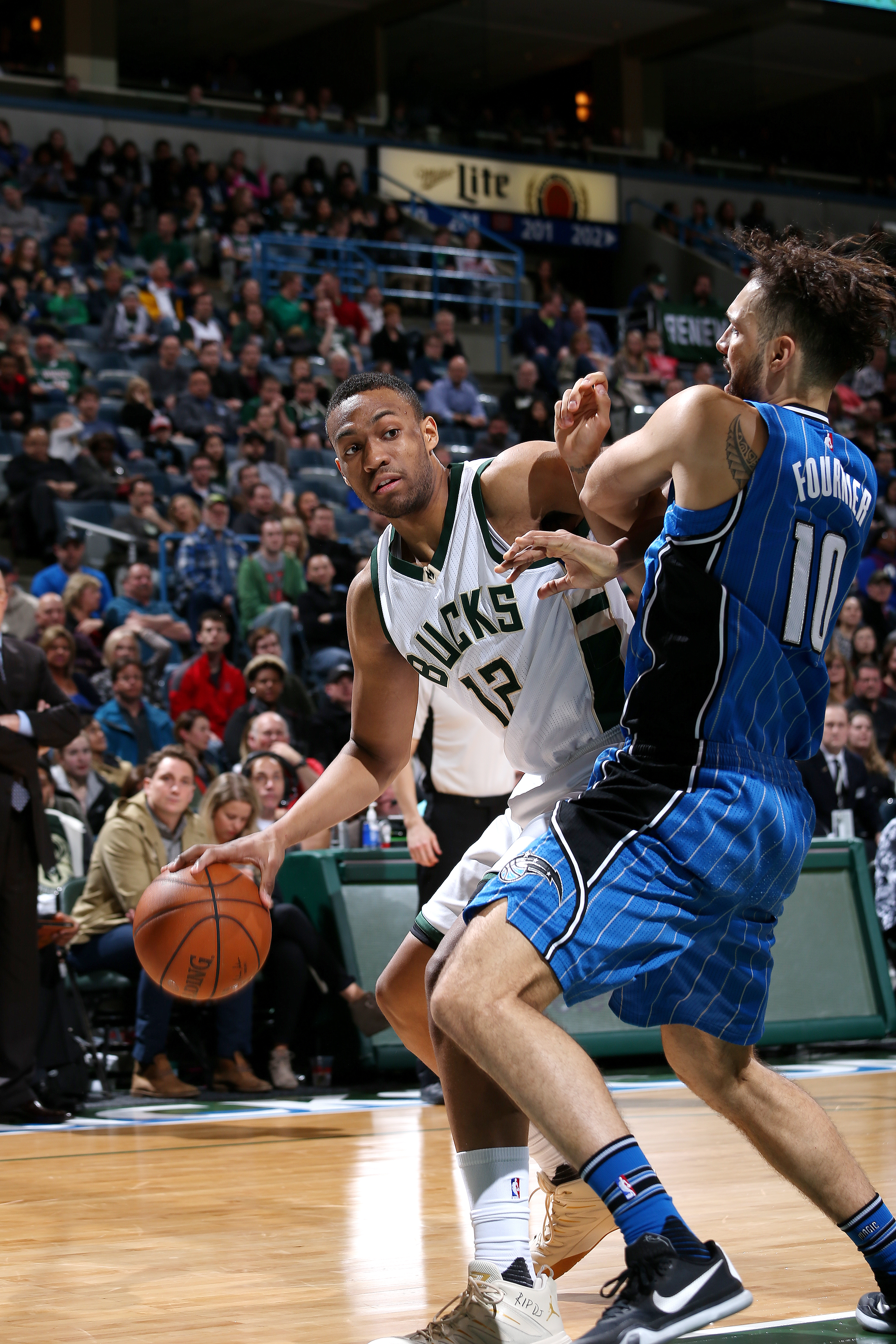 Milwaukee, WI - APRIL 1: Jabari Parker #12 of the Milwaukee Bucks handles the ball during the game against the Orlando Magic on April 1, 2016 at the BMO Harris Bradley Center in Milwaukee, Wisconsin. (Photo by Gary Dineen/NBAE via Getty Images)