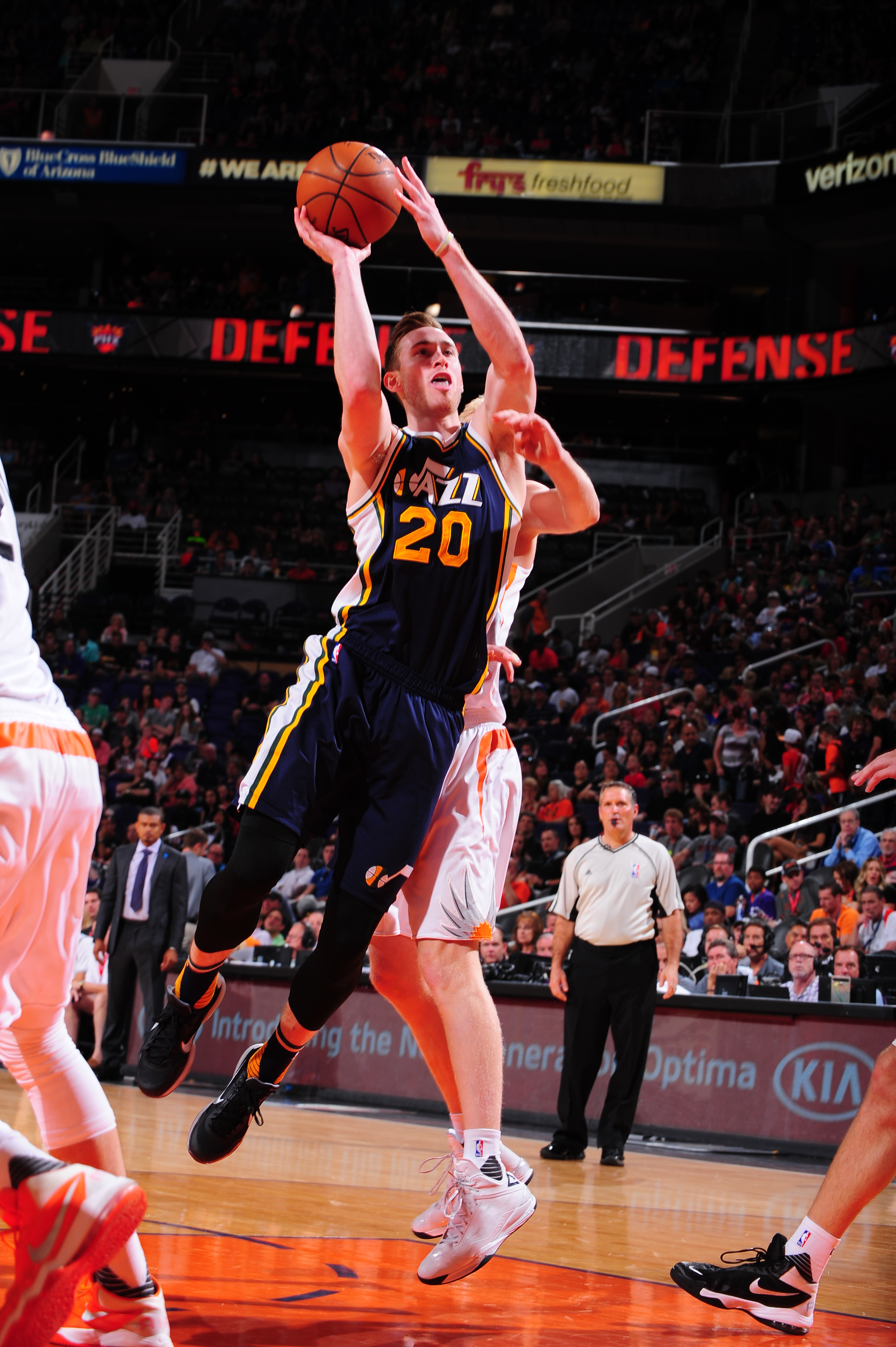 PHOENIX, AZ - APRIL 3: Gordon Hayward #20 of the Utah Jazz shoots the ball against the Phoenix Suns on April 3, 2016  at U.S. Airways Center in Phoenix, Arizona. (Photo by Barry Gossage/NBAE via Getty Images)