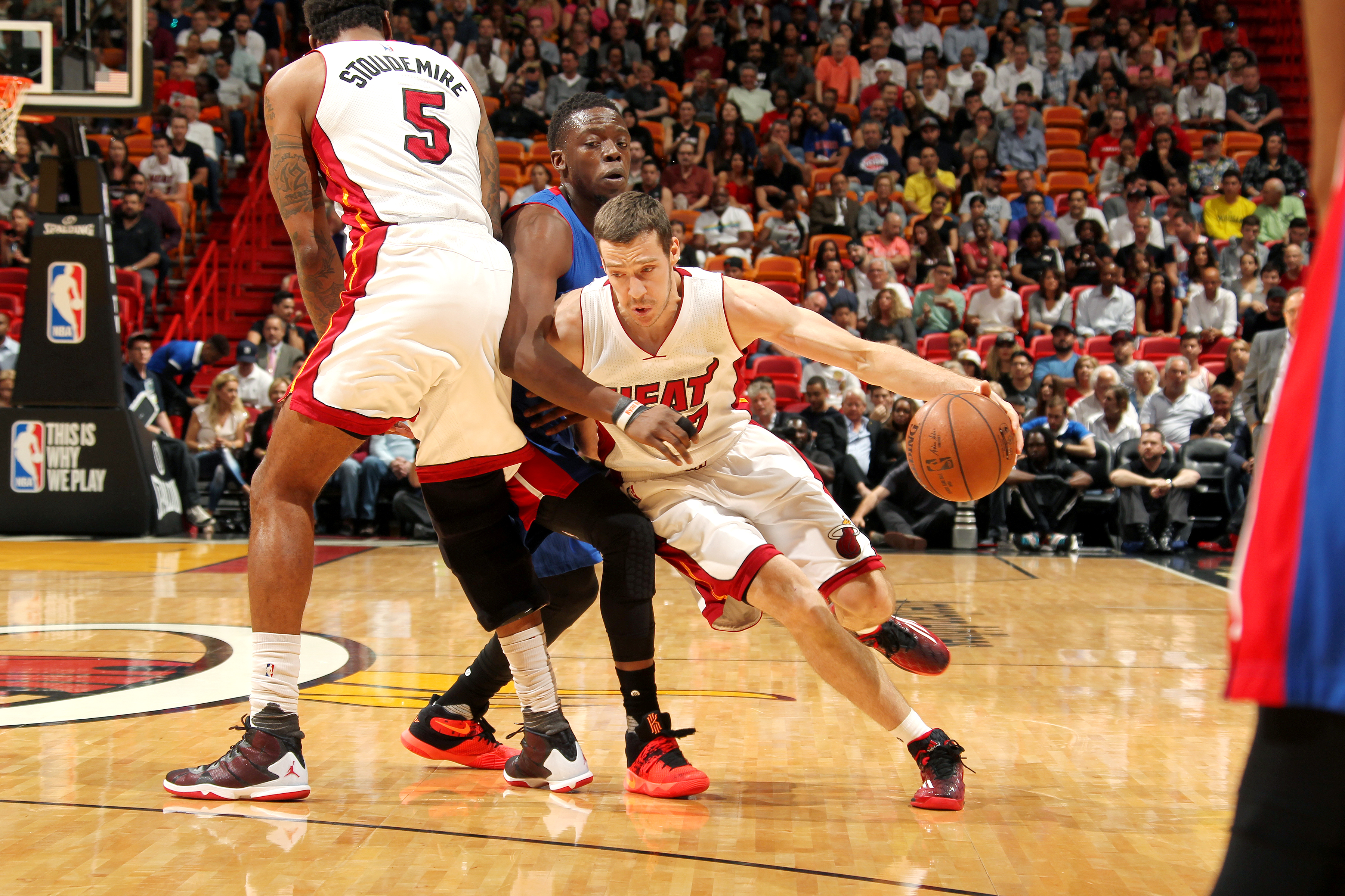 MIAMI, FL - APRIL 5: Goran Dragic #7 of the Miami Heat handles the ball during the game against the Detroit Pistons on April 5, 2016 at AmericanAirlines Arena in Miami, Florida. (Photo by Issac Baldizon/NBAE via Getty Images)