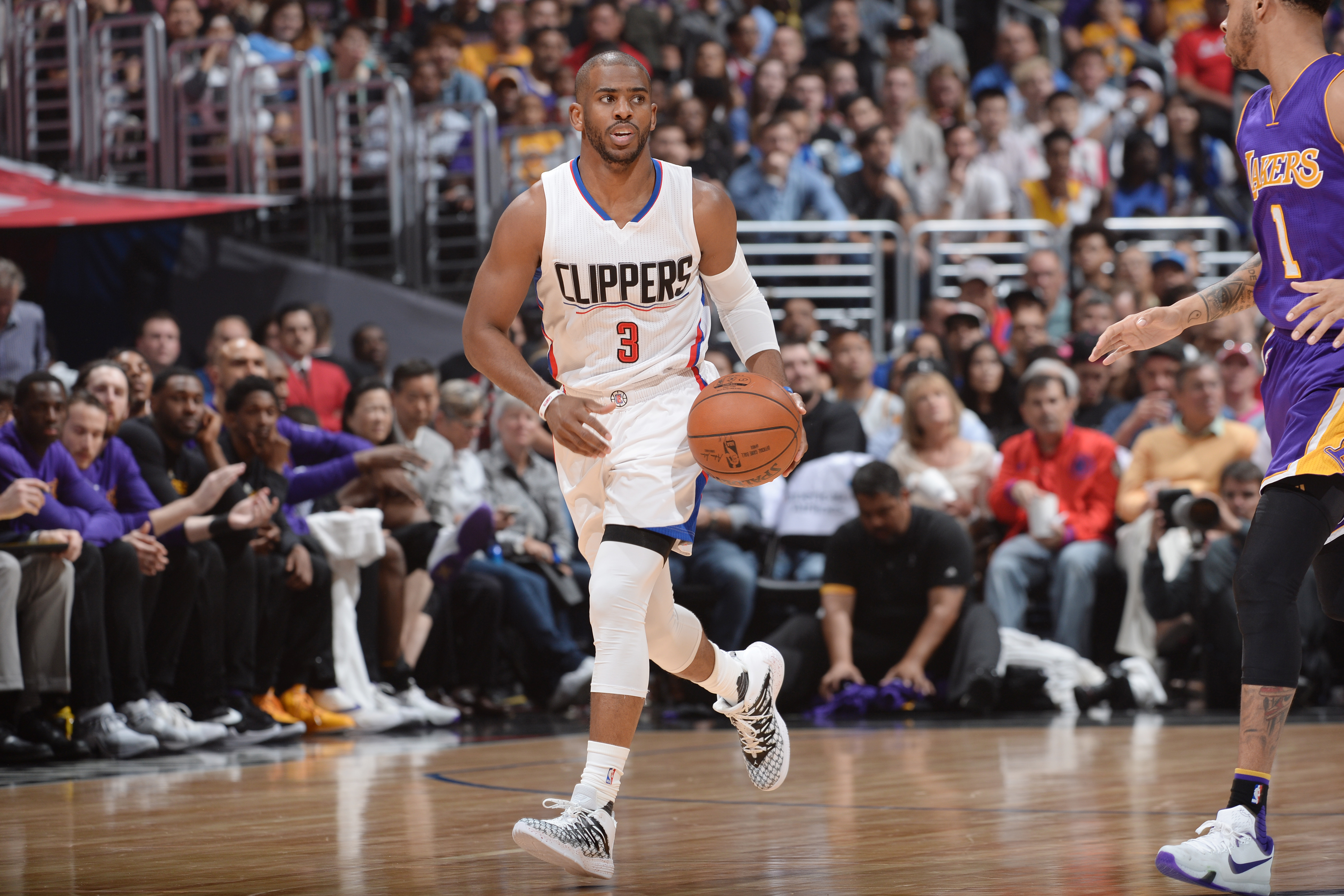 LOS ANGELES, CA - APRIL 5:  Chris Paul #3 of the Los Angeles Clippers handles the ball against the Los Angeles Lakers on April 5, 2016 at STAPLES Center in Los Angeles, California. (Photo by Andrew D. Bernstein/NBAE via Getty Images)