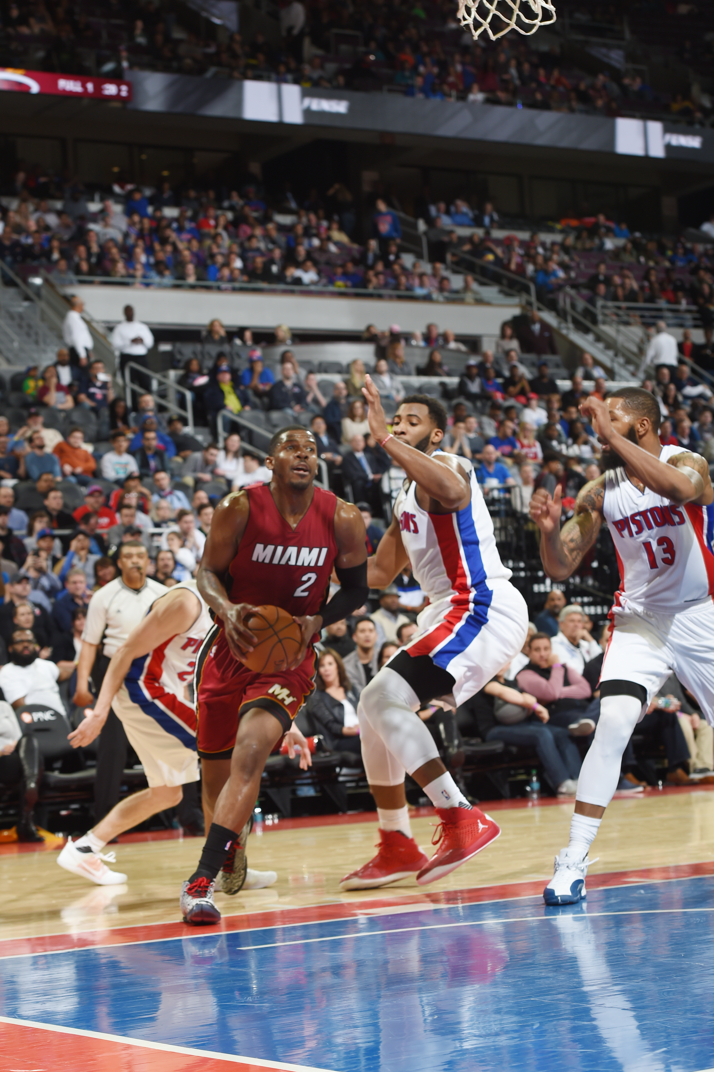 AUBURN HILLS, MI  - APRIL 12: Joe Johnson #2 of the Miami Heat drives to the basket against the Detroit Pistons during the game on April 12, 2016 at The Palace of Auburn Hills in AUBURN HILLS, Michigan. (Photo by Allen Einstein/NBAE via Getty Images)