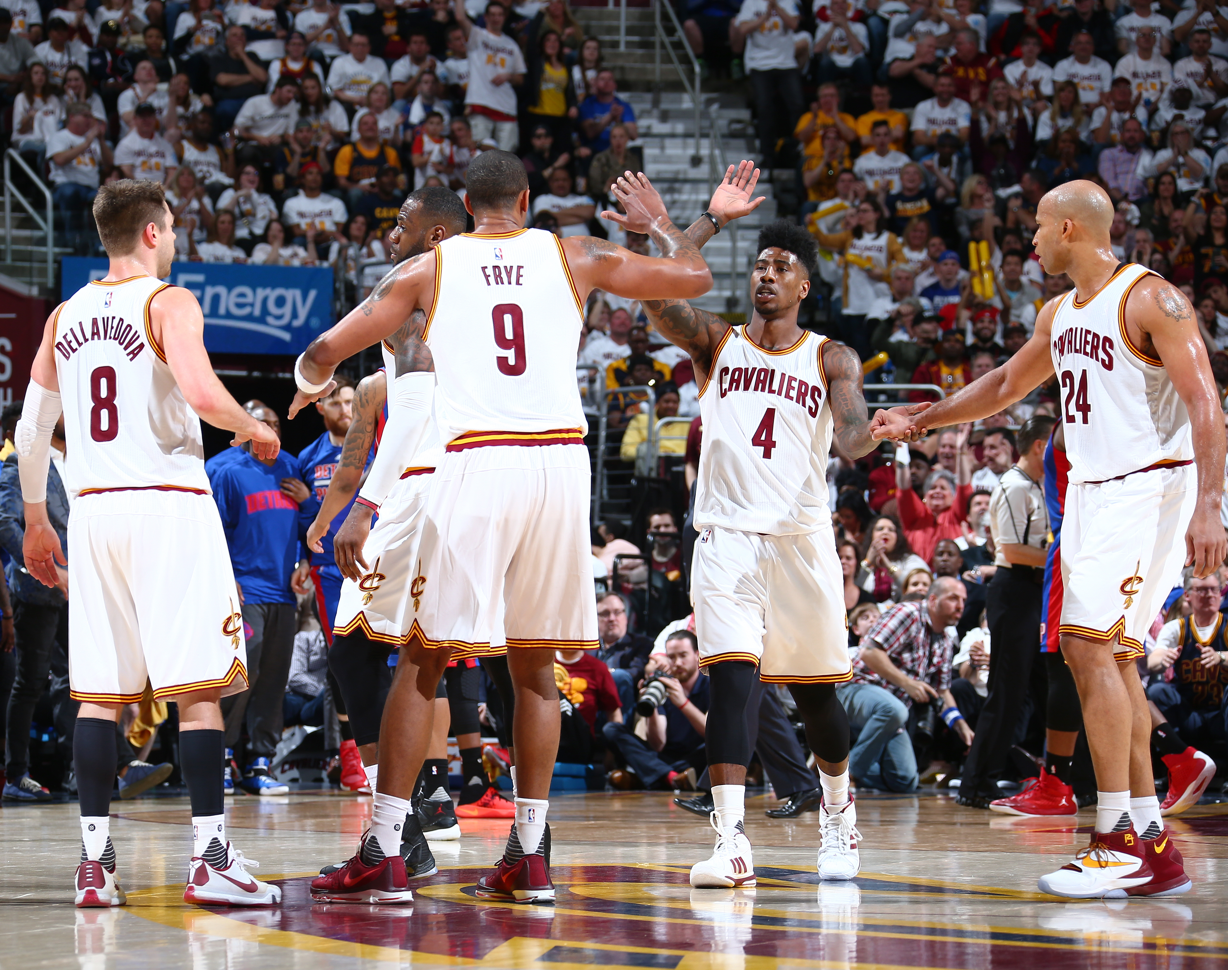 CLEVELAND, OH - APRIL 20:  Iman Shumpert #4 of the Cleveland Cavaliers high fives teammates against the Detroit Pistons in Game Two of the Eastern Conference Quarterfinals during the 2016 NBA Playoffs on April 20, 2016 at Quicken Loans Arena in Cleveland,