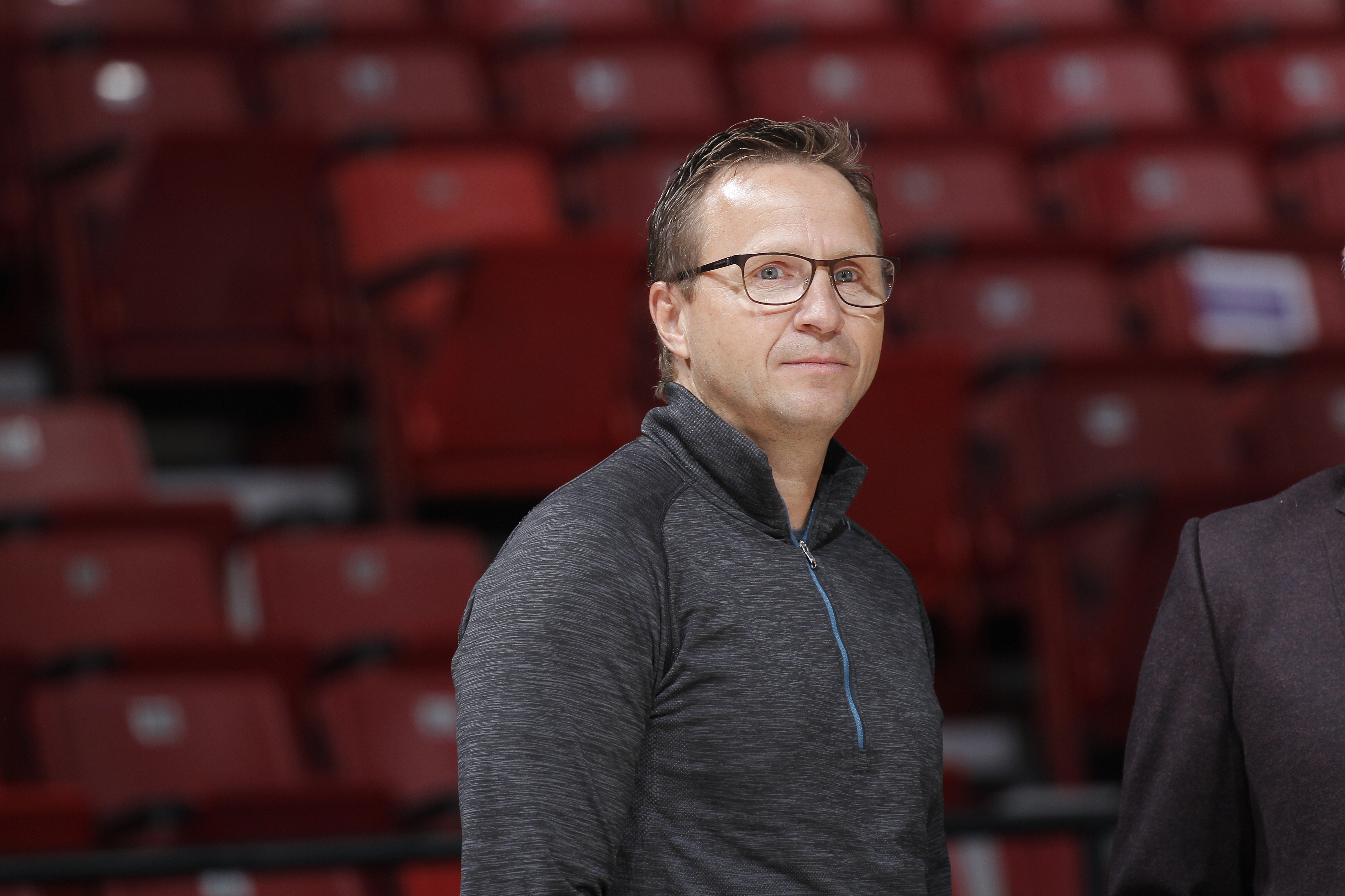SACRAMENTO, CA - NOVEMBER 15: Scott Brooks attends the game between the Toronto Raptors and Sacramento Kings on November 15, 2015 at Sleep Train Arena in Sacramento, California. (Photo by Rocky Widner/NBAE via Getty Images)