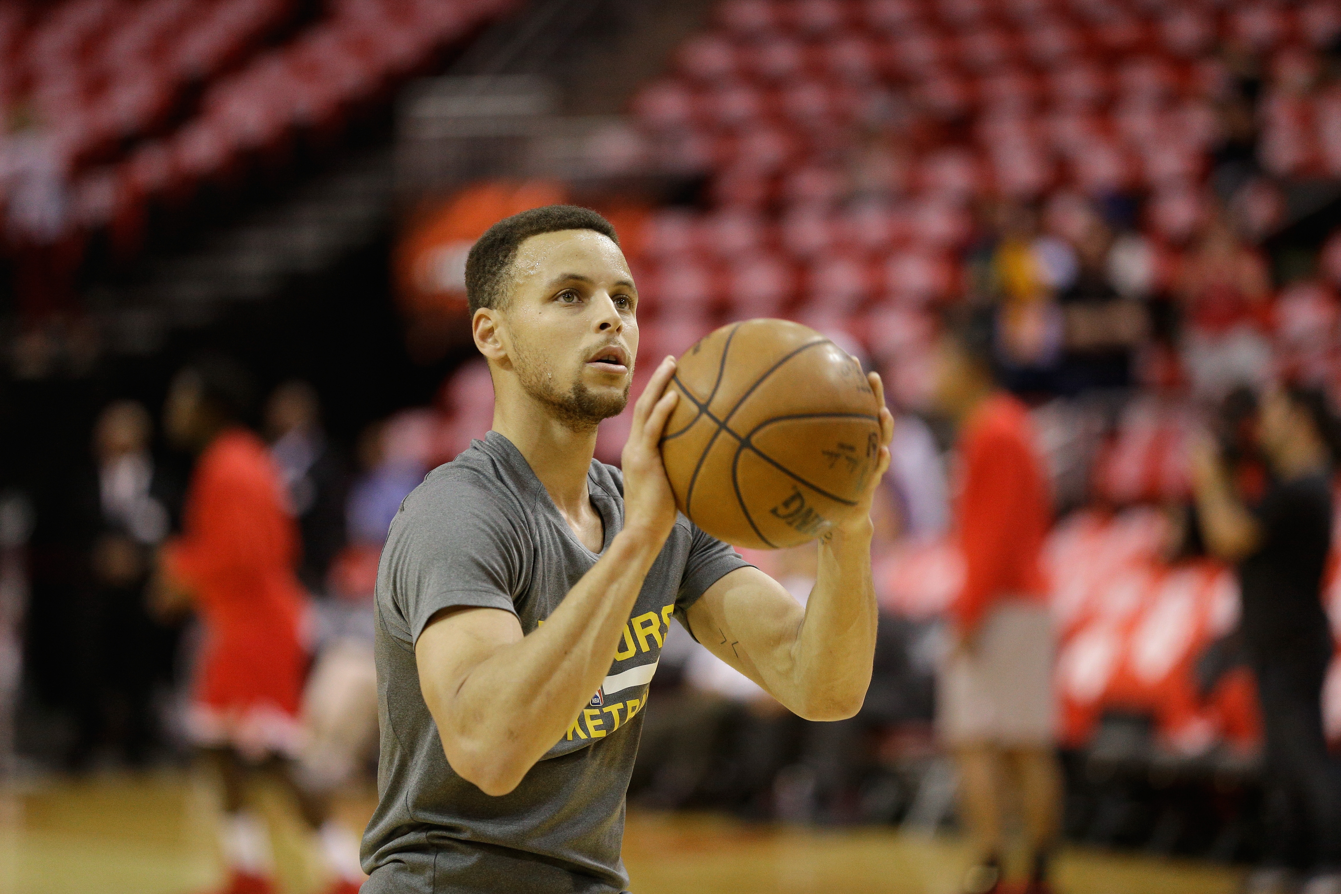HOUSTON, TX - APRIL 24:  Stephen Curry #30 of the Golden State Warriors warms up before playing the Houston Rockets in game 4 of the first round of the Western Conference playoffs at Toyota Center on April 24, 2016 in Houston, Texas. (Photo by Bob Levey/G
