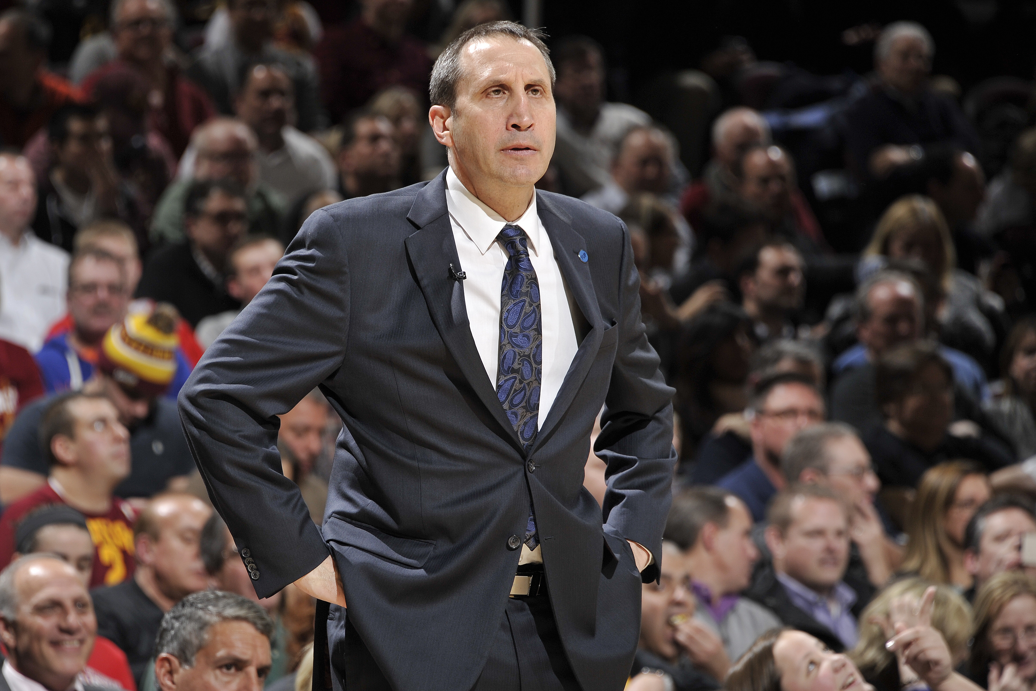 CLEVELAND, OH - JANUARY 21:  David Blatt of the Cleveland Cavaliers coaches against the Los Angeles Clippers on January 21, 2016 at Quicken Loans Arena in Cleveland, Ohio. (Photo by David Liam Kyle/NBAE via Getty Images)