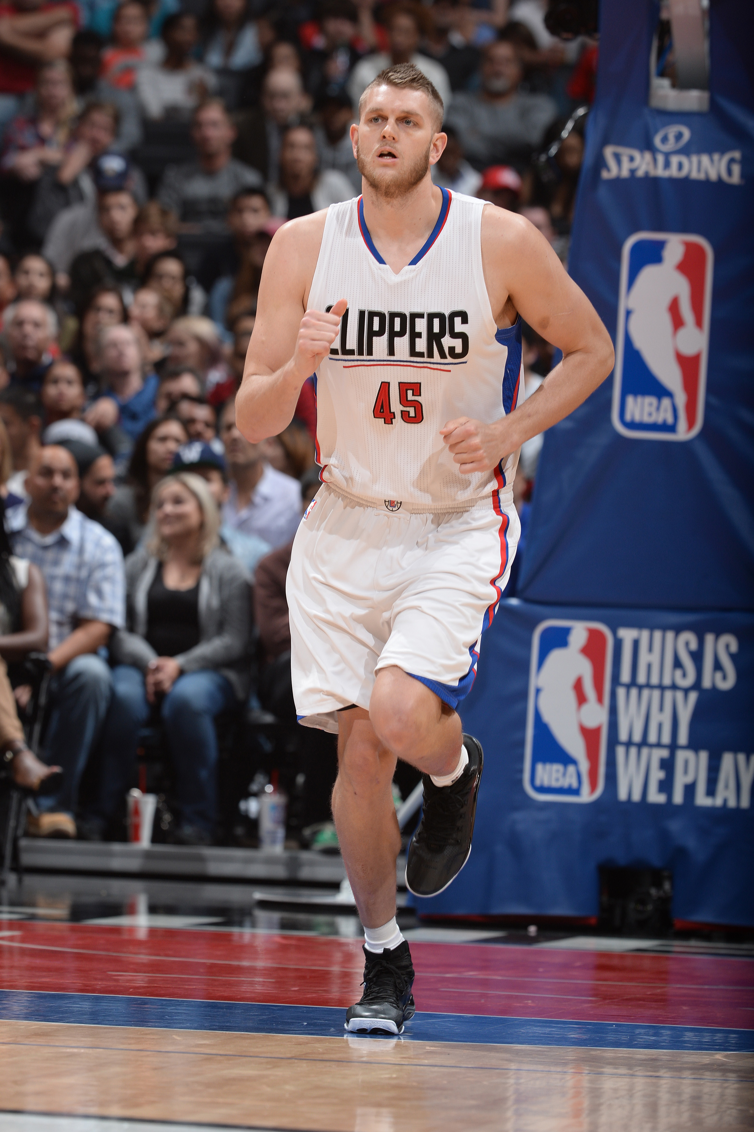 LOS ANGELES, CA - APRIL 12: Cole Aldrich #45 of the Los Angeles Clippers is seen against the Memphis Grizzlies  on April 12, 2016 at STAPLES Center in Los Angeles, California. (Photo by Andrew D. Bernstein/NBAE via Getty Images)