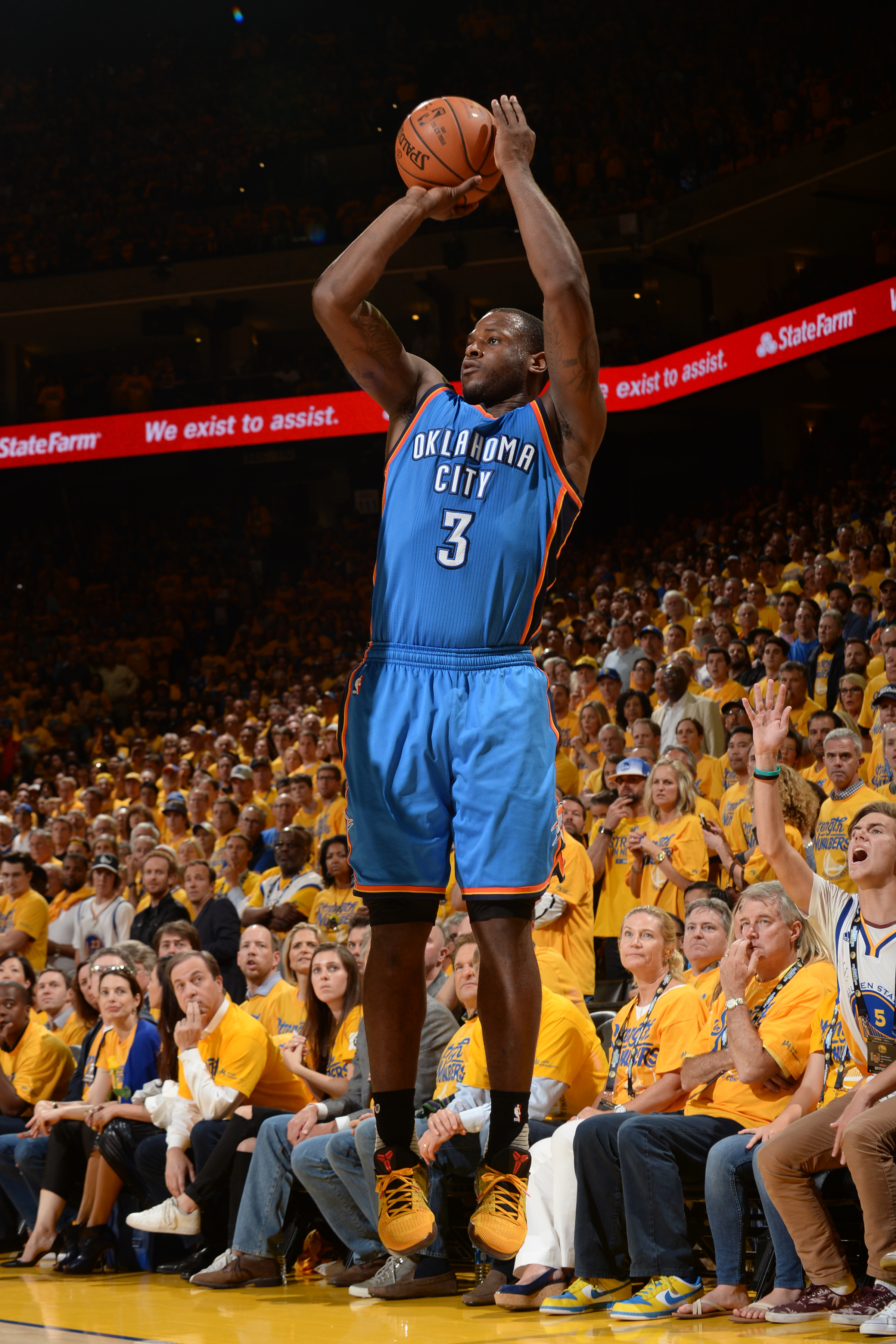 OAKLAND, CA - MAY 30:  Dion Waiters #3 of the Oklahoma City Thunder shoots the ball against the Golden State Warriors during Game Seven of the Western Conference Finals during the 2016 NBA Playoffs on May 30, 2016 at ORACLE Arena in Oakland, California. (