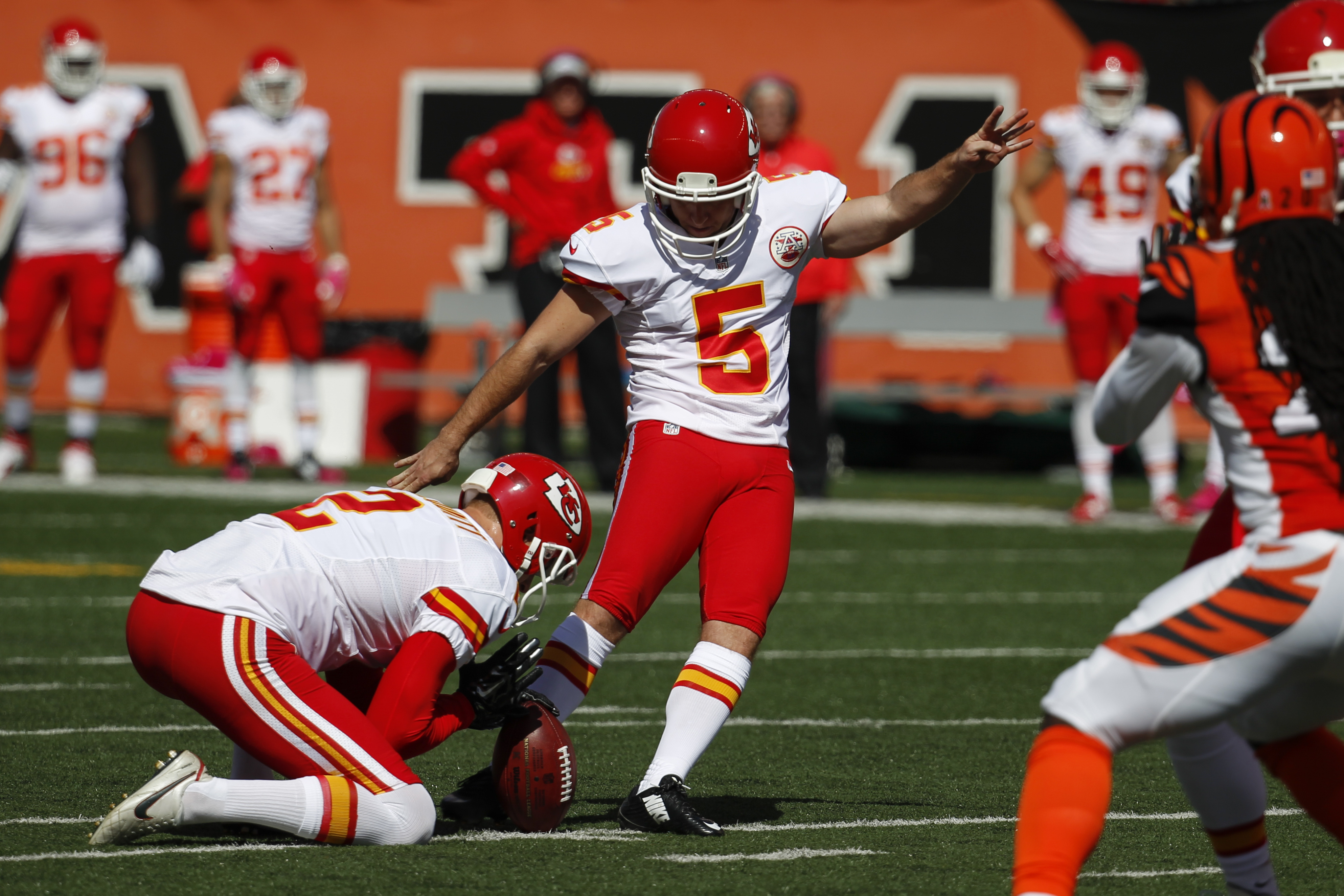 Kansas City Chiefs kicker Cairo Santos (5) boots a field goal in the first half of an NFL football game against the Cincinnati Bengals, Sunday, Oct. 4, 2015, in Cincinnati. (AP Photo/Frank Victores)