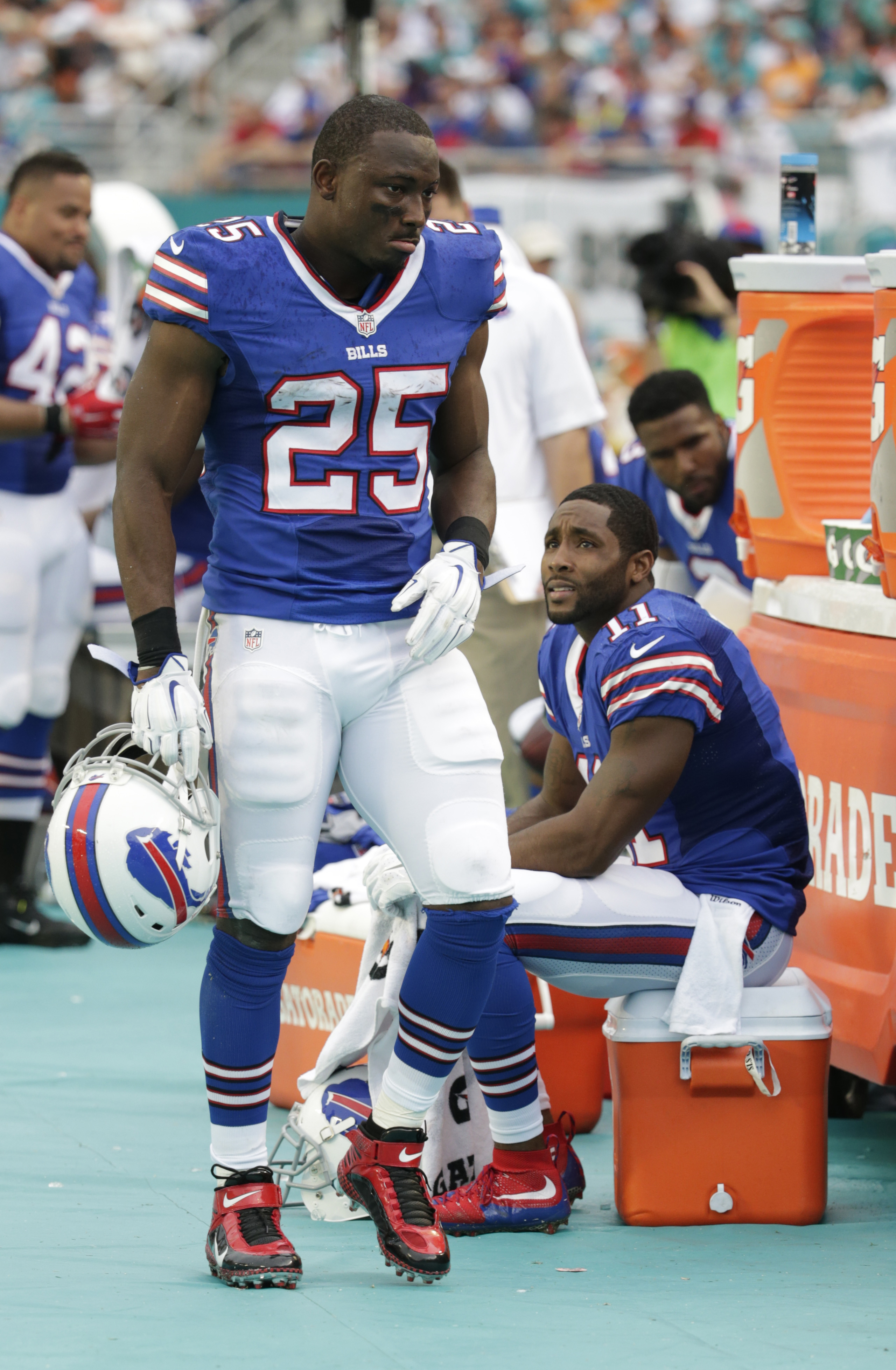 Buffalo Bills running back LeSean McCoy (25) walks the sidelines during the first half of an NFL football game against the Miami Dolphins, Sunday, Sept. 27, 2015 in Miami Gardens, Fla. (AP Photo/Lynne Sladky)