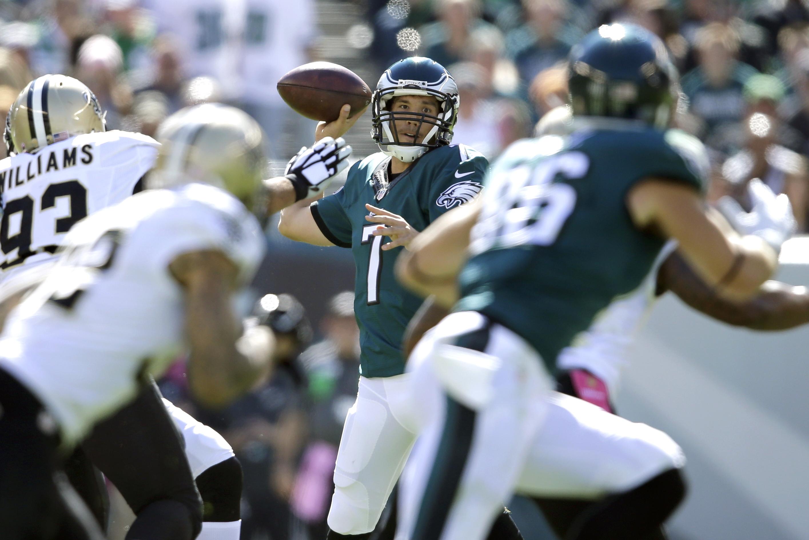 Philadelphia Eagles' Sam Bradford passes during the first half of an NFL football game against the New Orleans Saints, Sunday, Oct. 11, 2015, in Philadelphia. (AP Photo/Matt Rourke)
