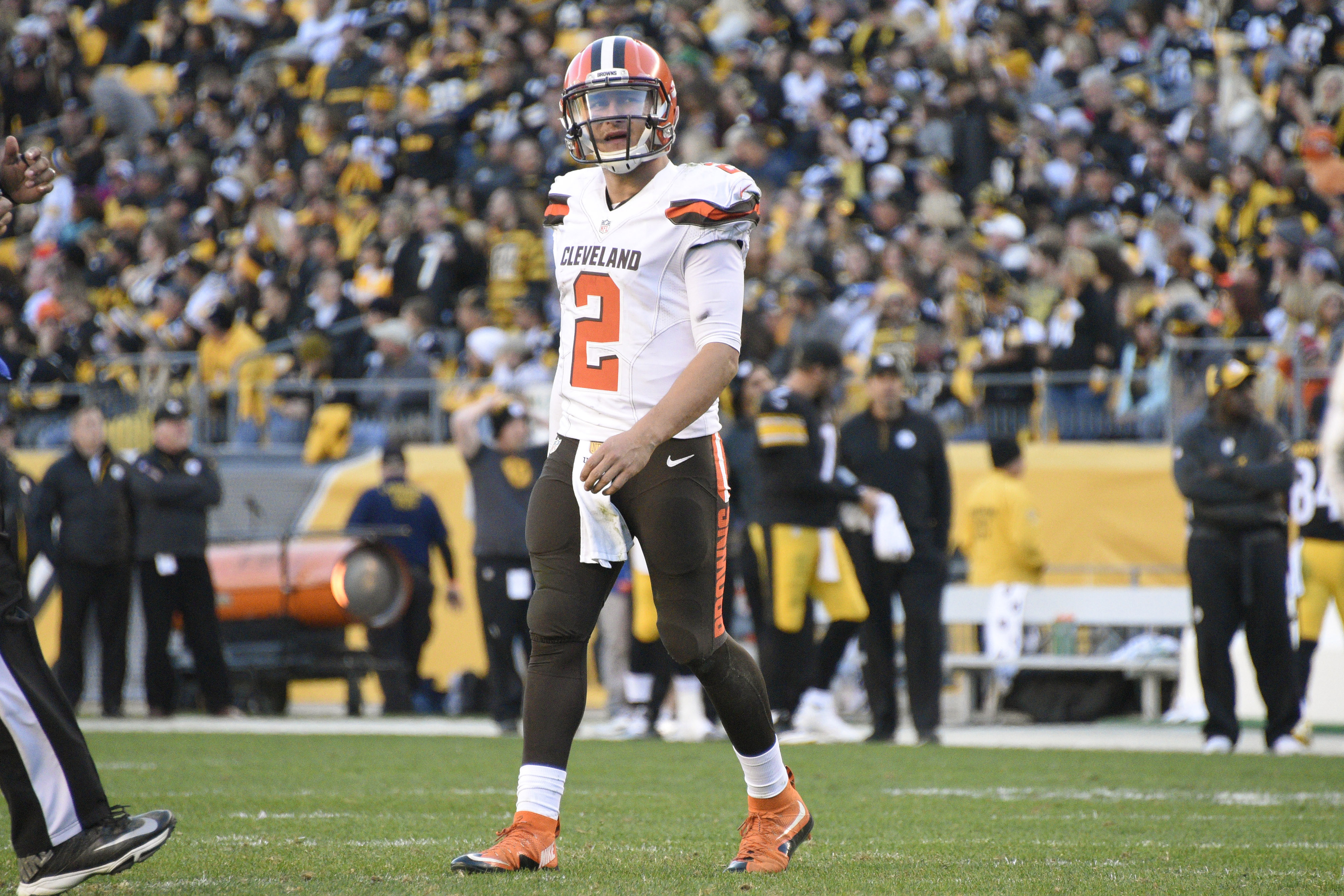 Cleveland Browns quarterback Johnny Manziel (2) walks off the field after a series of downs during the second half of an NFL football game against the Pittsburgh Steelers, Sunday, Nov. 15, 2015, in Pittsburgh. The Steelers won 30-9. (AP Photo/Don Wright)