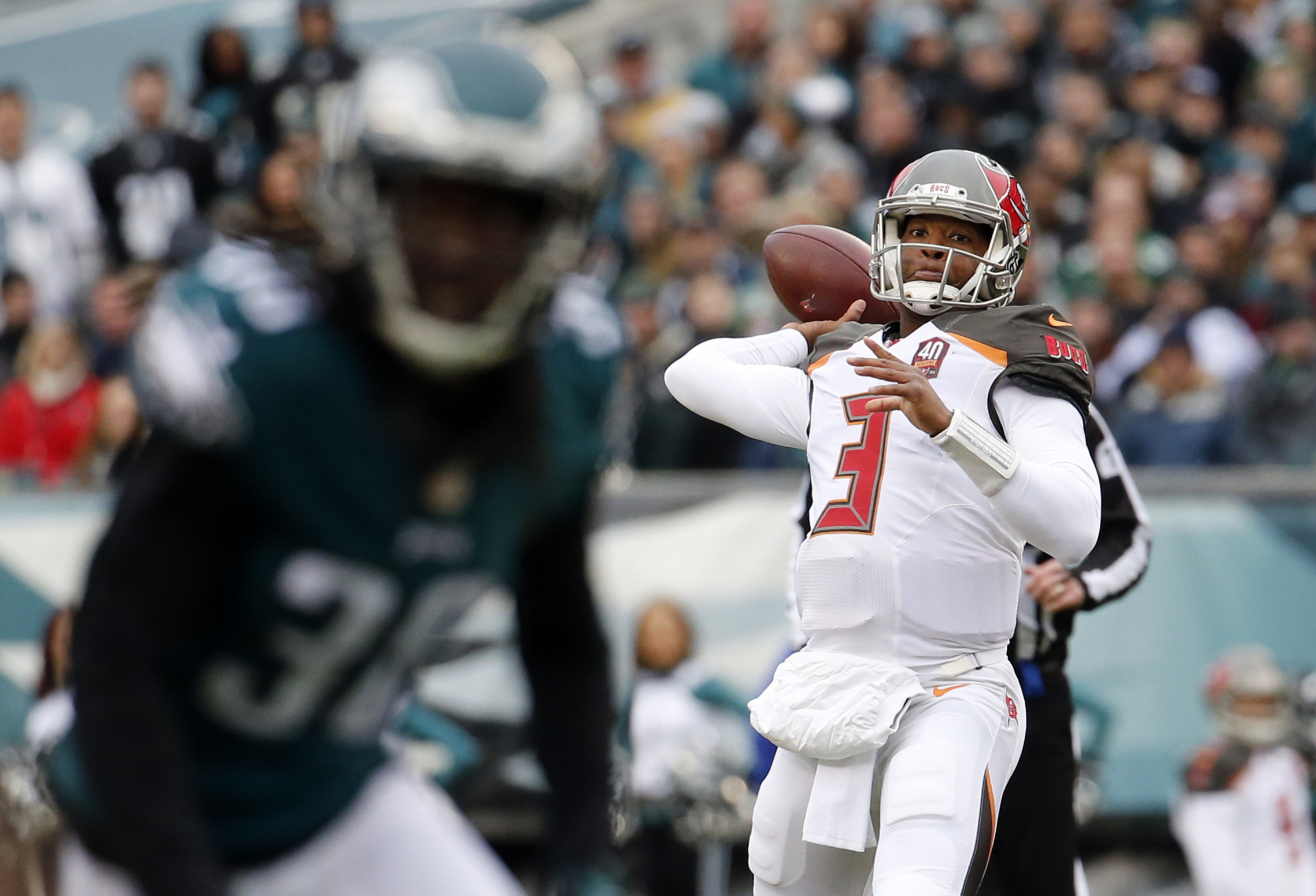 Tampa Bay Buccaneers' Jameis Winston passes during the first half of an NFL football game against the Philadelphia Eagles, Sunday, Nov. 22, 2015, in Philadelphia. (AP Photo/Julio Cortez)