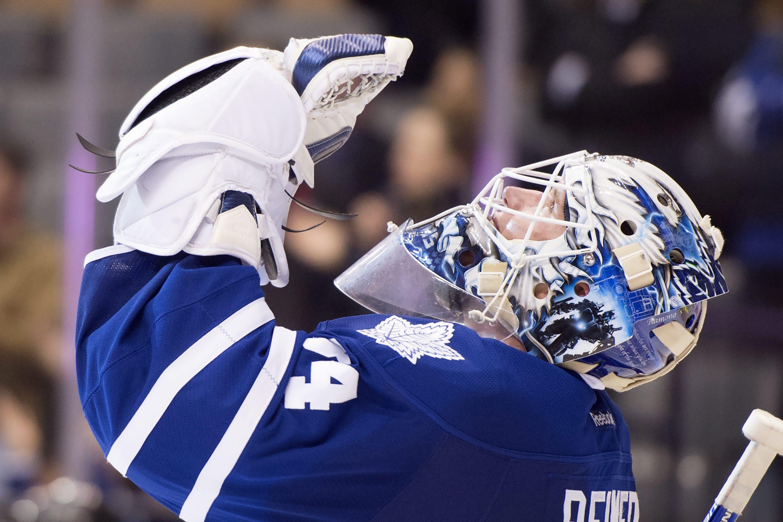 Toronto Maple Leafs goaltender James Reimer celebrates after defeating the Dallas Stars in an NHL hockey game in Toronto, Monday, Nov. 2, 2015. (Frank Gunn/The Canadian Press via AP) MANDATORY CREDIT