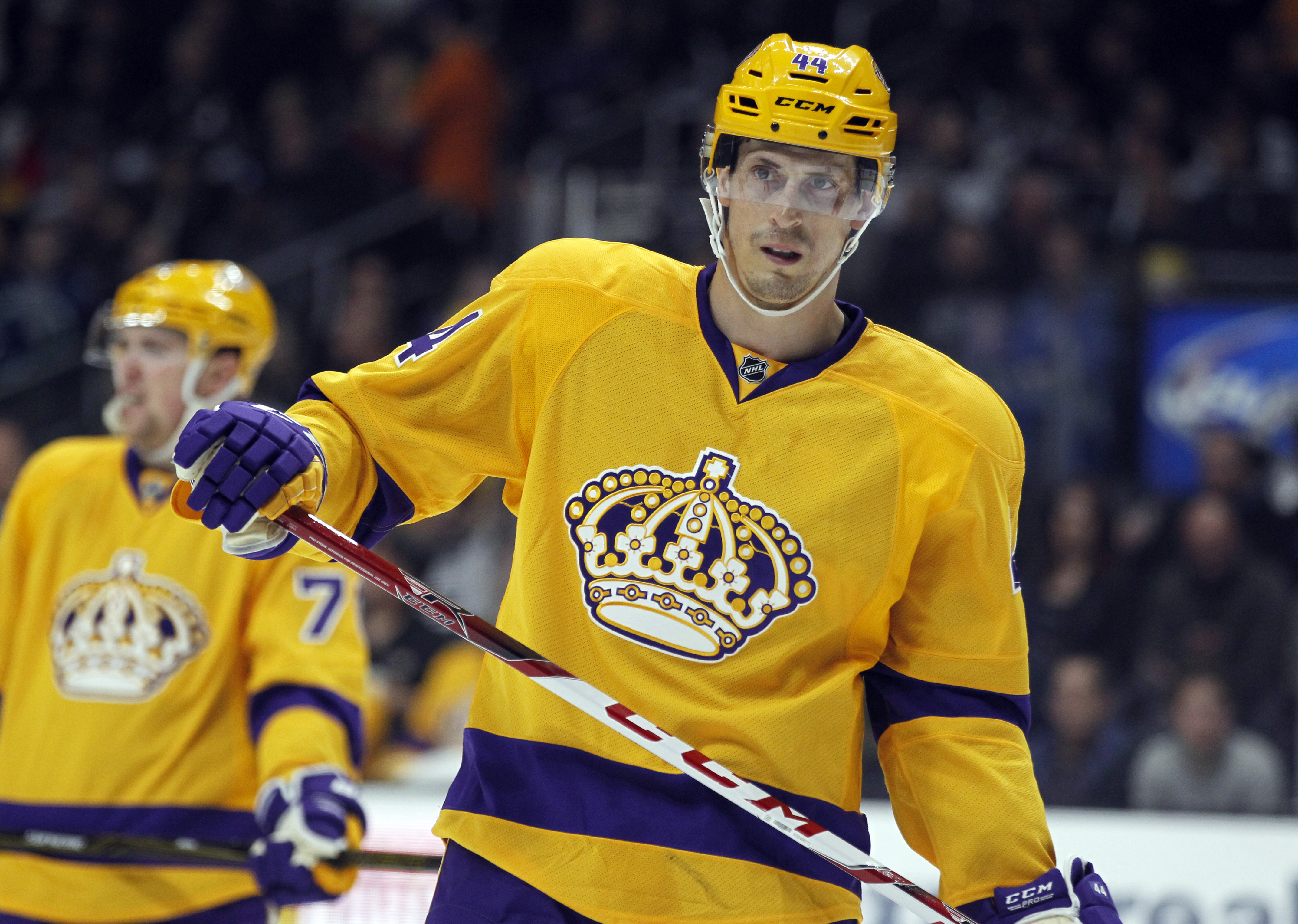 Los Angeles Kings center Vincent Lecavalier (44) waits to face off against the Vancouver Canucks during the first period of an NHL hockey game in Los Angeles, Monday, March 7, 2016. (AP Photo/Alex Gallardo)