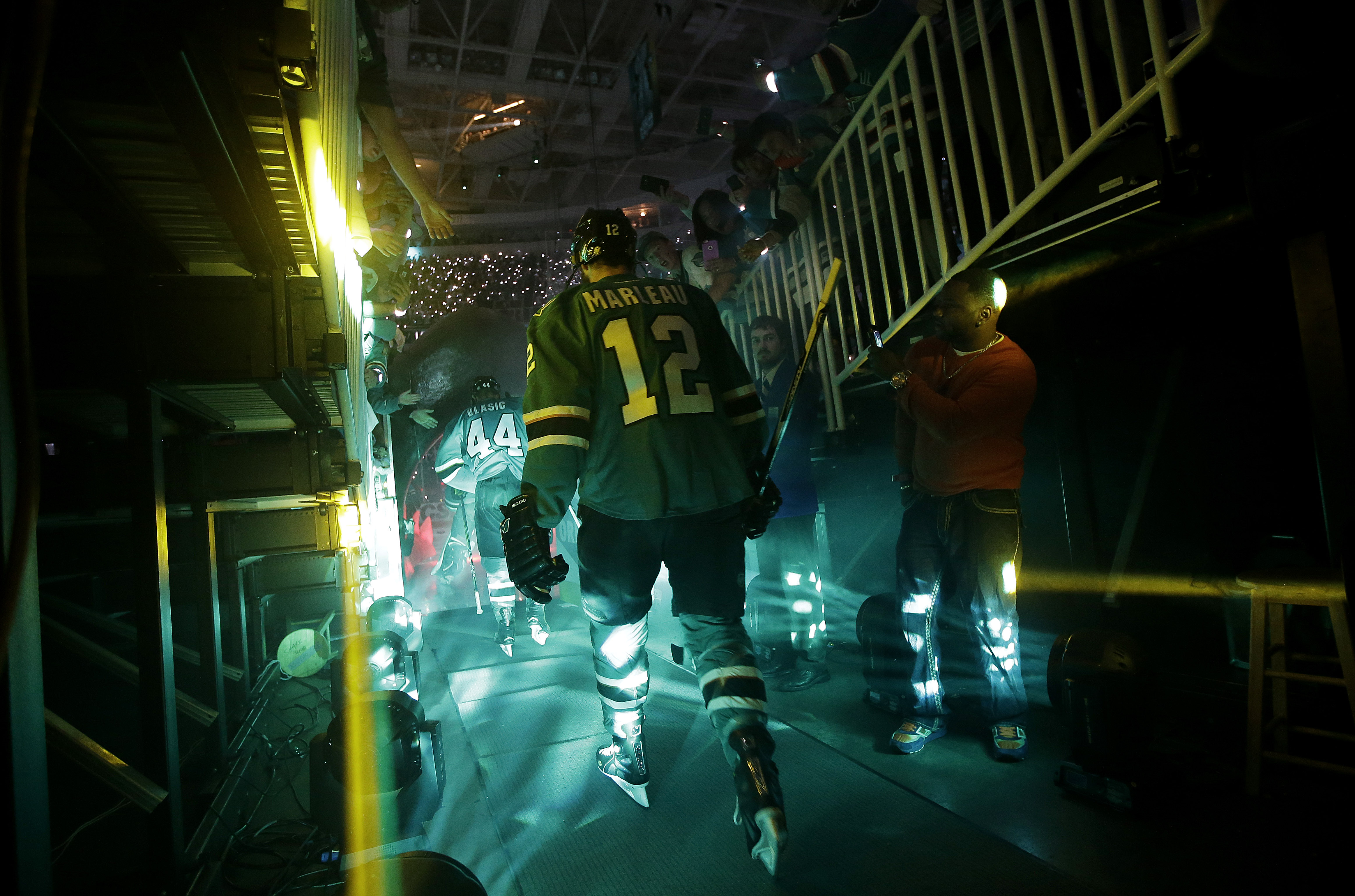 San Jose Sharks center Patrick Marleau (12) walks onto the ice before Game 3 of the NHL hockey Stanley Cup Finals against the Pittsburgh Penguins in San Jose, Calif., Saturday, June 4, 2016. (AP Photo/Marcio Jose Sanchez)
