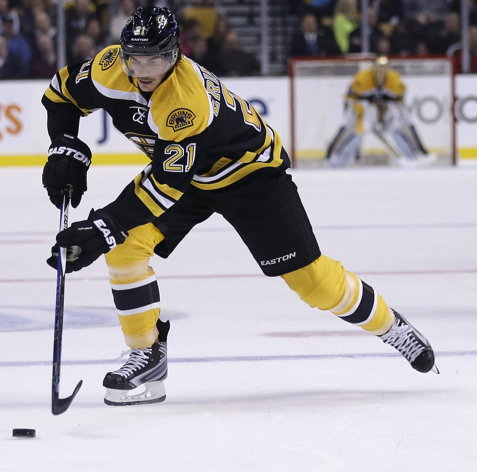 "FILE - In this Nov. 12, 2015, file photo, Boston Bruins left wing Loui Eriksson (21) skates during the second period of an NHL hockey game in Boston. Steven Stamkos isn't the only ""big fish"" available when NHL free agency opens Friday at noon. The top-tie"