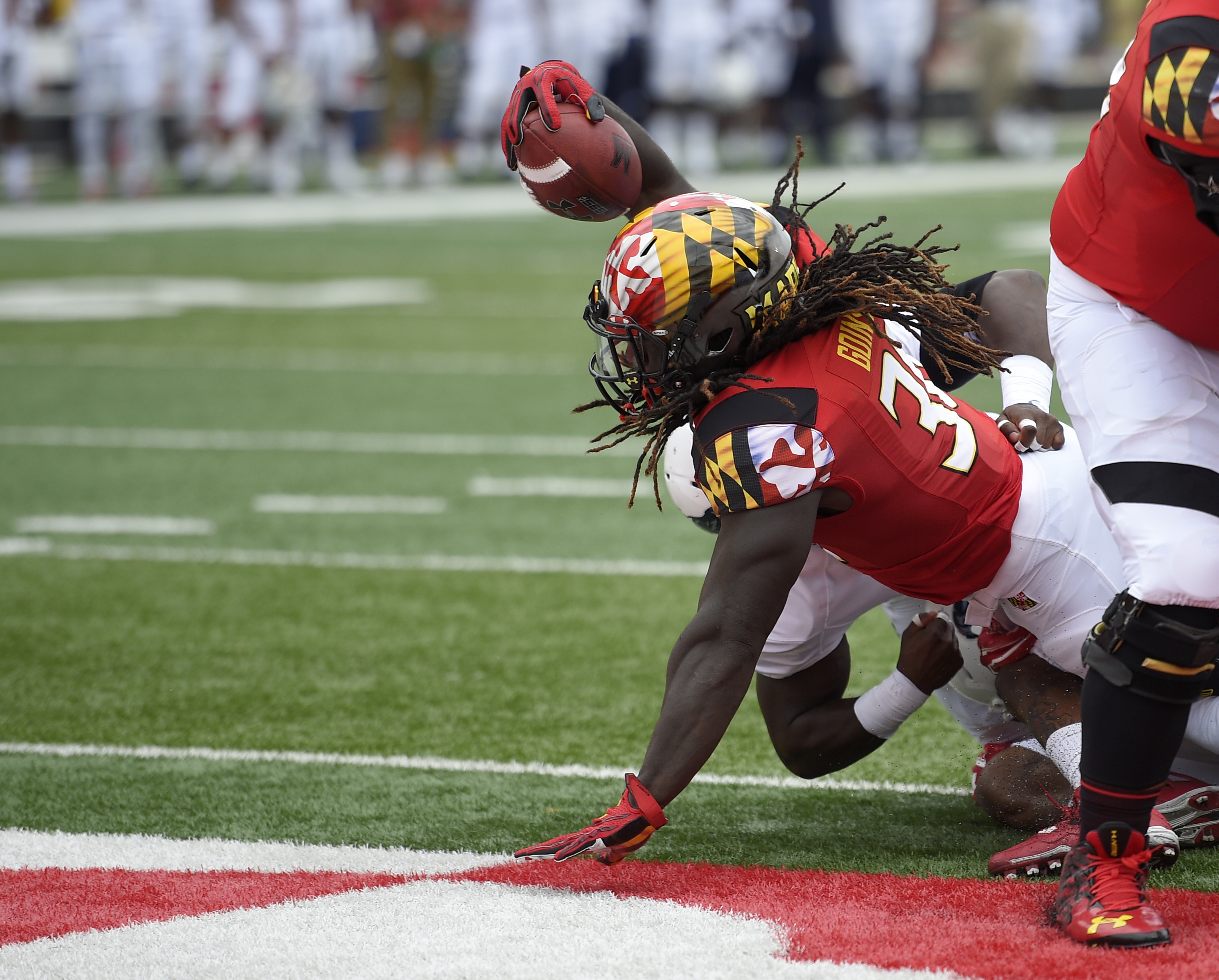 Maryland running back Kenneth Goins Jr. scores a touchdown during the first half of an NCAA college football game against Howard, Saturday, Sept. 3, 2016, in College Park, Md. (AP Photo/Nick Wass)