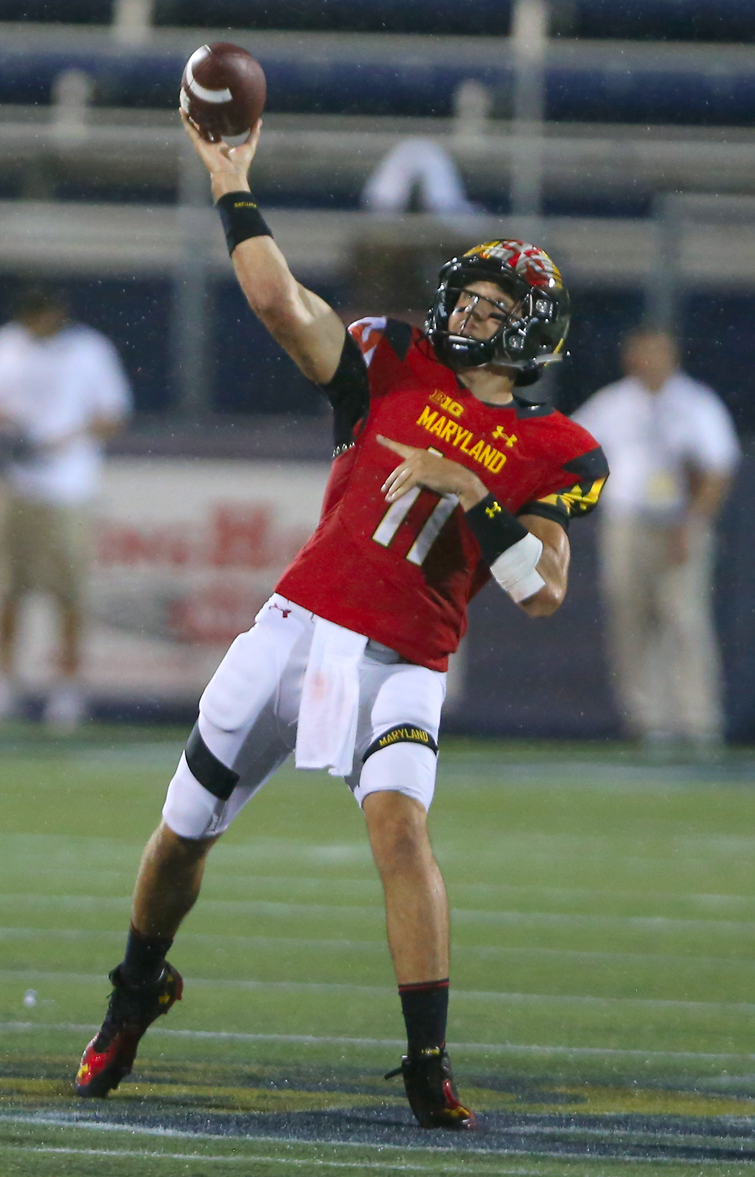 Maryland quarterback Perry Hills throws a pass against Florida International during the second half of an NCAA college football game Friday, Sept. 9, 2016, in Miami. (David Santiago/El Nuevo Herald via AP)