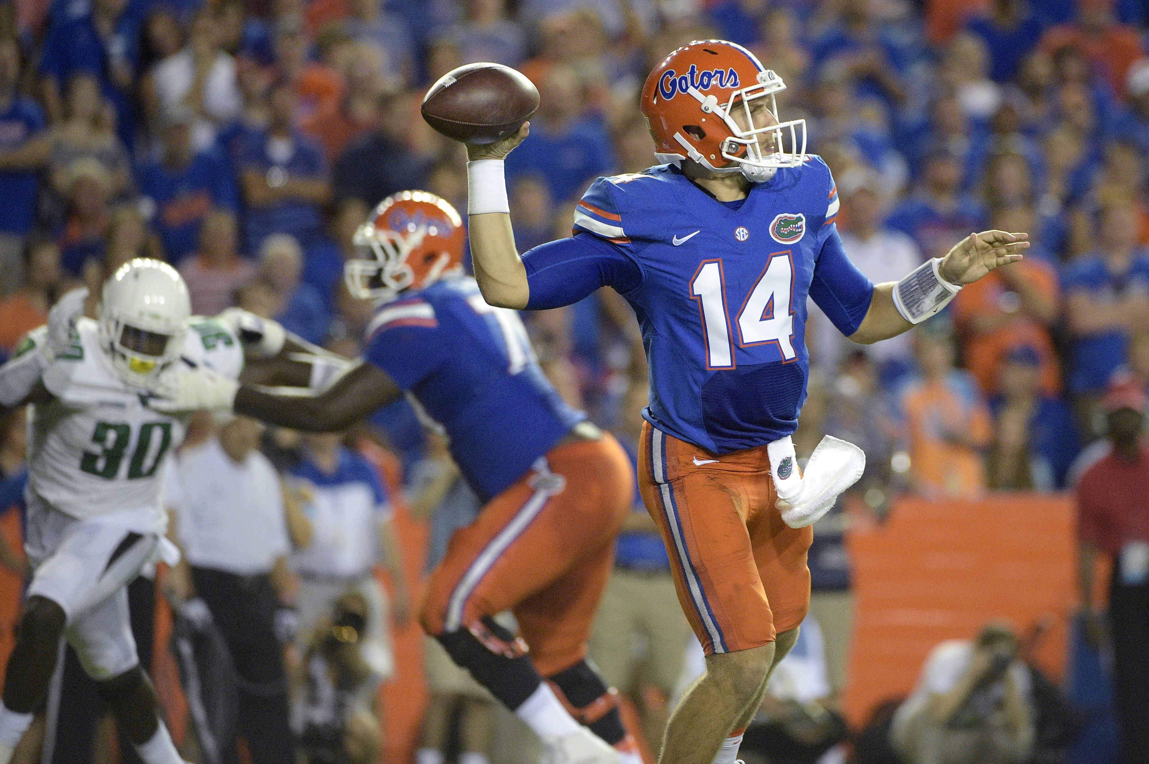 Florida quarterback Luke Del Rio (14) throws a pass against North Texas during the first half of an NCAA college football game in Gainesville, Fla., Saturday, Sept. 17, 2016. Florida won 32-0. (AP Photo/Phelan M. Ebenhack)