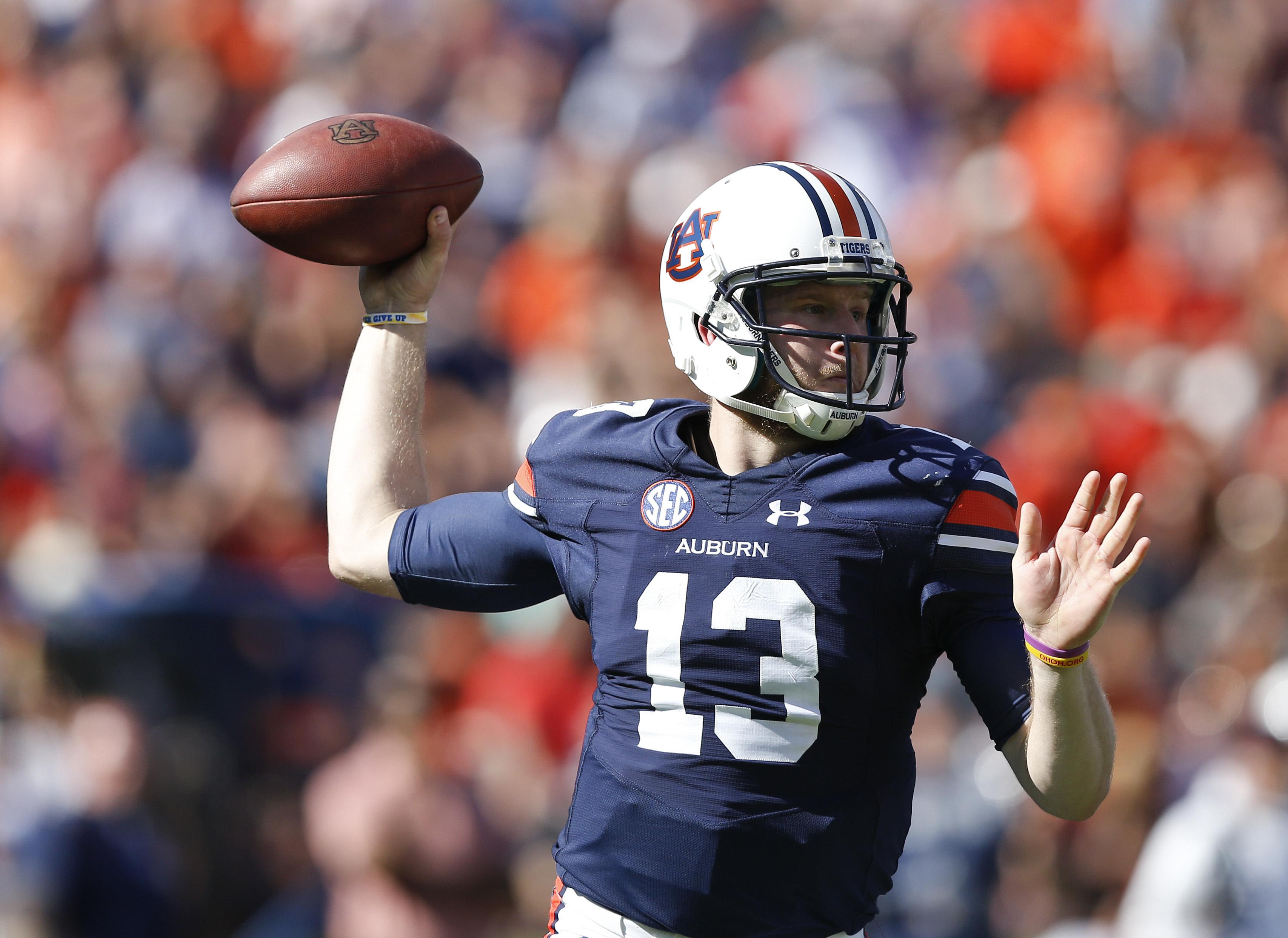 Auburn quarterback Sean White sets throws a pass during the second half of an NCAA college football game against Vanderbilt, Saturday, Nov. 5, 2016, in Auburn, Ala. Auburn won 23-16. (AP Photo/Brynn Anderson)