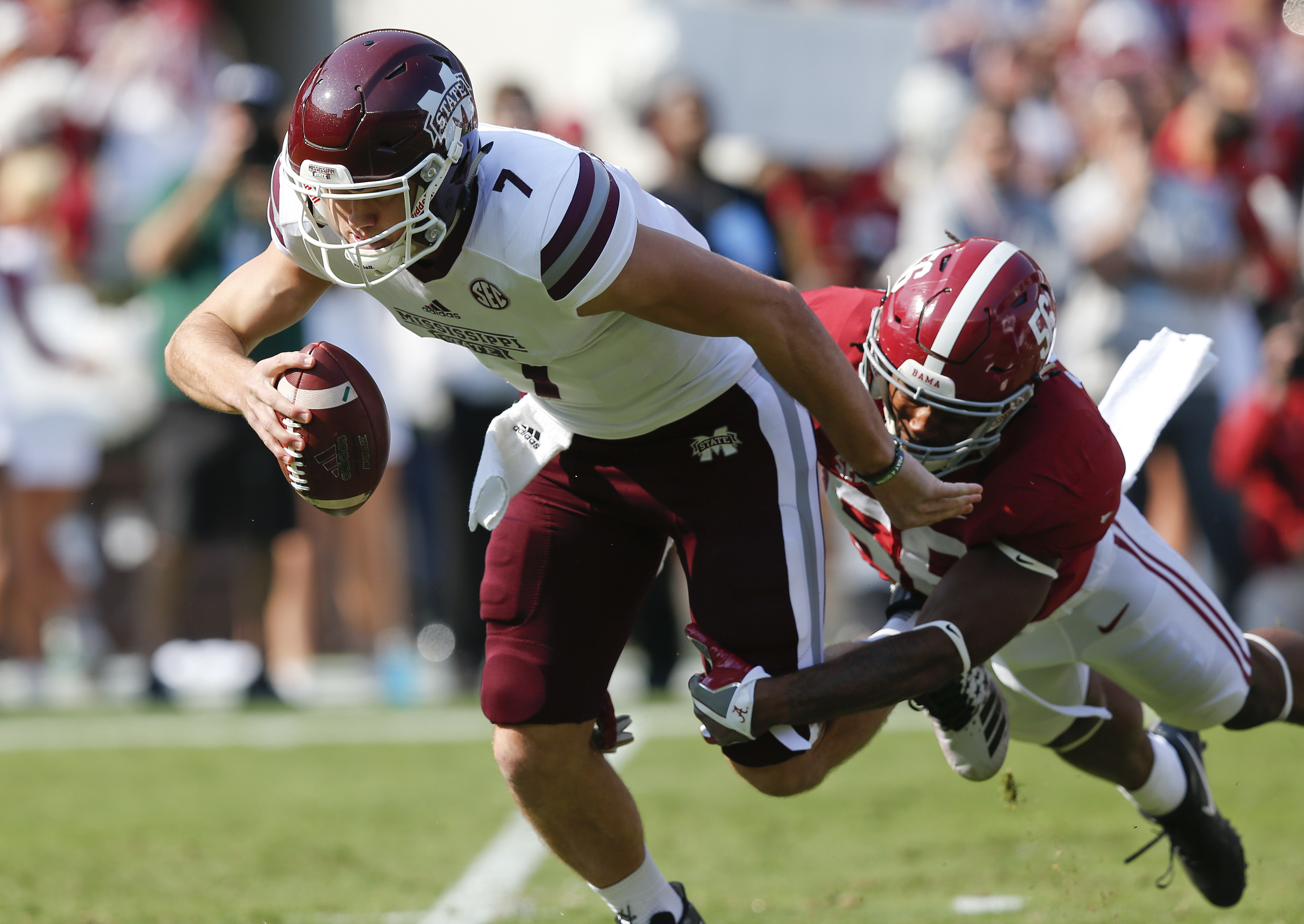 Alabama linebacker Tim Williams, right, sacks Mississippi State quarterback Nick Fitzgerald during the first half of an NCAA college football game, Saturday, Nov. 12, 2016, in Tuscaloosa, Ala. (AP Photo/Brynn Anderson)