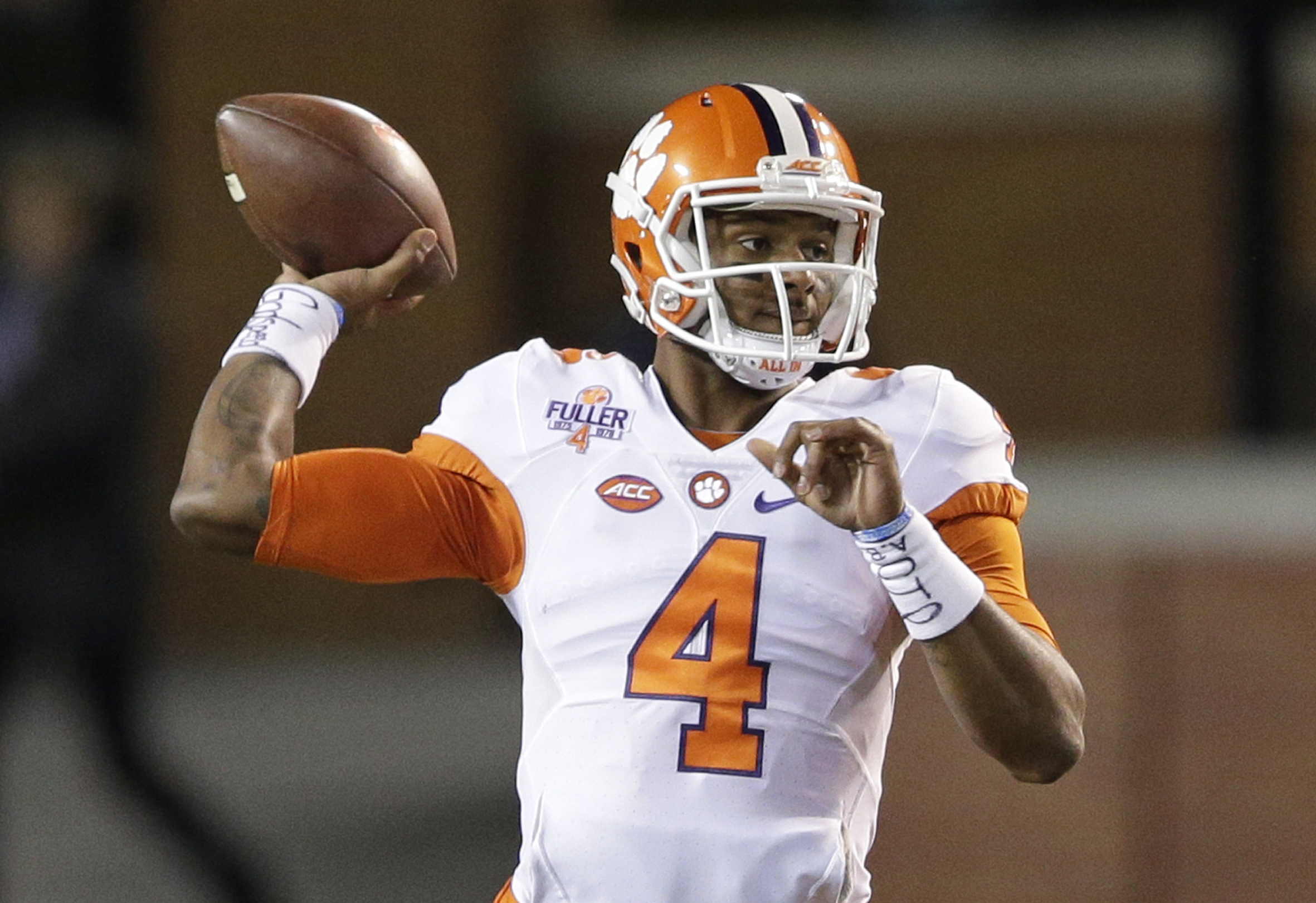 Clemson's Deshaun Watson looks to pass against Wake Forest during the first half of an NCAA college football game in Winston-Salem, N.C., Saturday, Nov. 19, 2016. Clemson won 35-13. (AP Photo/Chuck Burton)