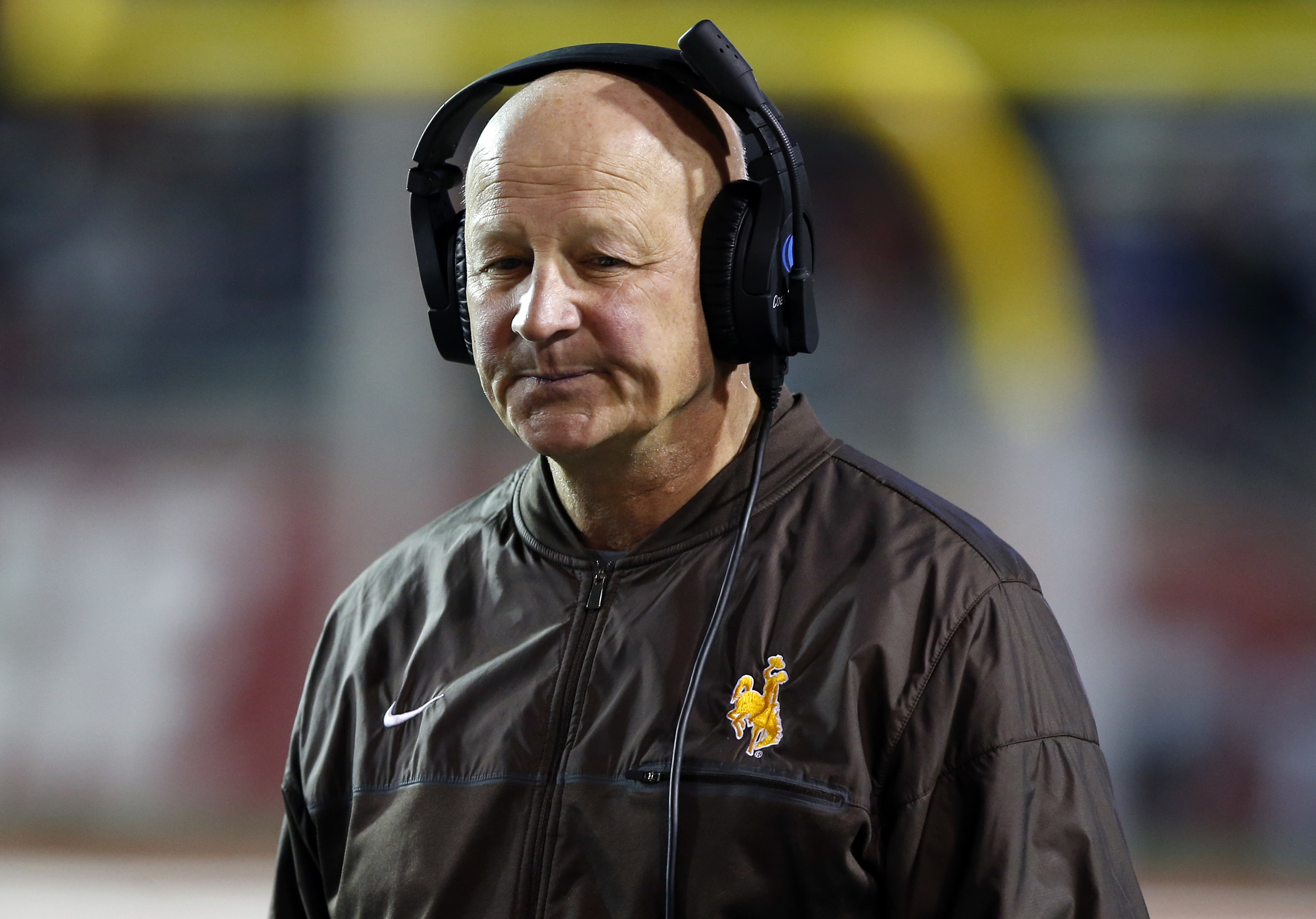 Wyoming coach Craig Bohl reacts after New Mexico scored their second touchdown in the first half of an NCAA college football game in Albuquerque, N.M., Saturday, Nov. 26, 2016. (AP Photo/Andres Leighton)
