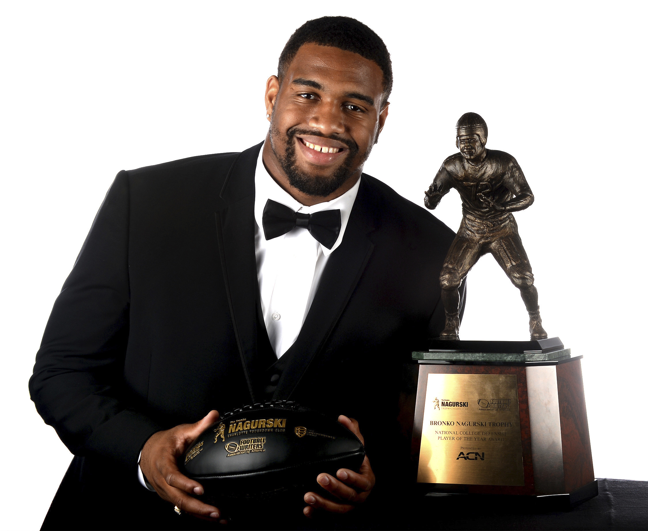 Alabama defensive end Jonathan Allen won the 2016 Bronko Nagurski Trophy, presented at the Charlotte Convention Center in Charlotte, NC on Monday, Dec. 5, 2016. The Bronko Nagurski Trophy is presented annually to the nation's top NCAA defensive football p