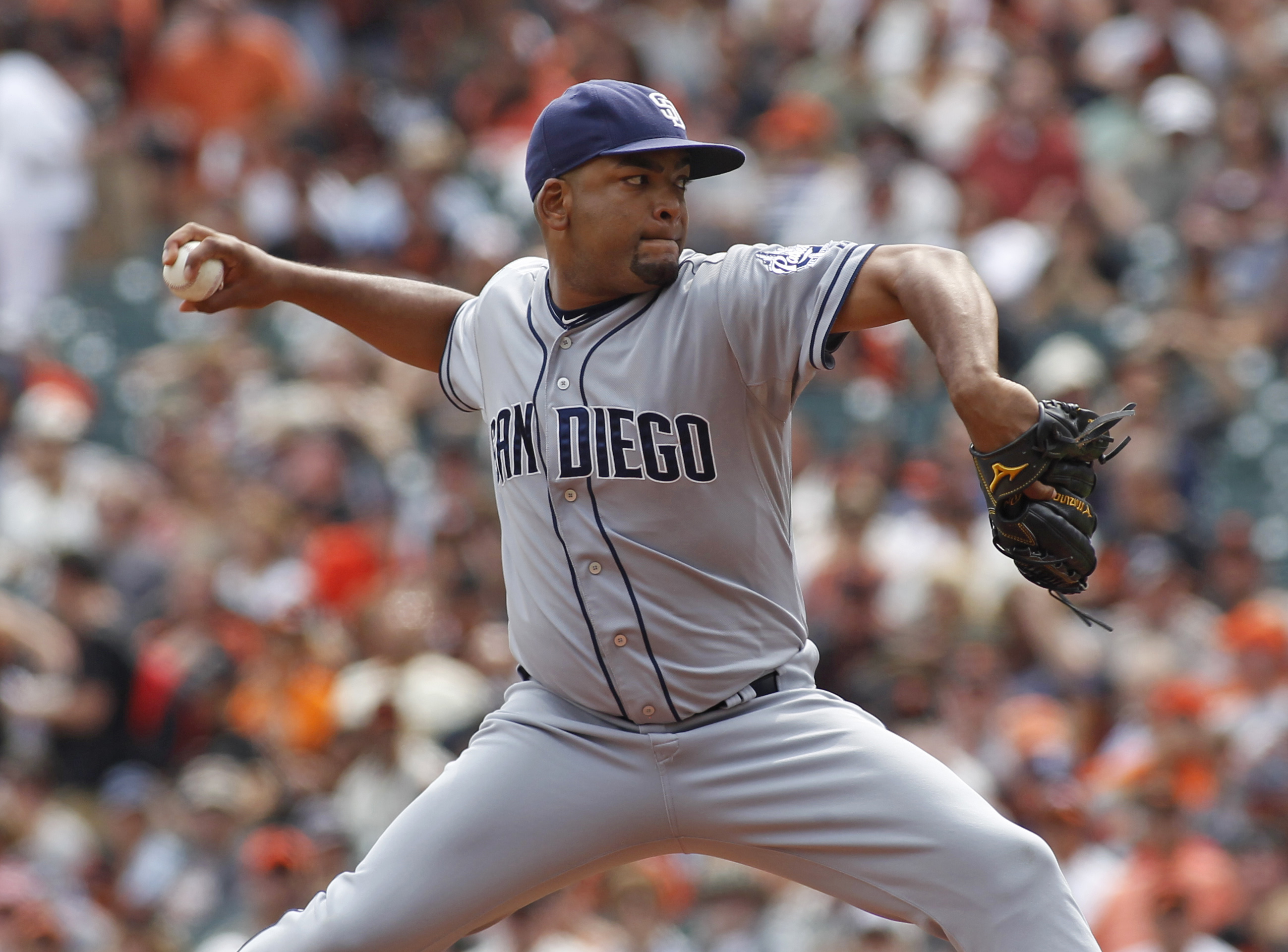 San Diego Padres pitcher Odrisamer Despaigne throws to the San Francisco Giants during the first inning of a baseball game, Sunday, Sept. 13, 2015, in San Francisco. (AP Photo/George Nikitin)