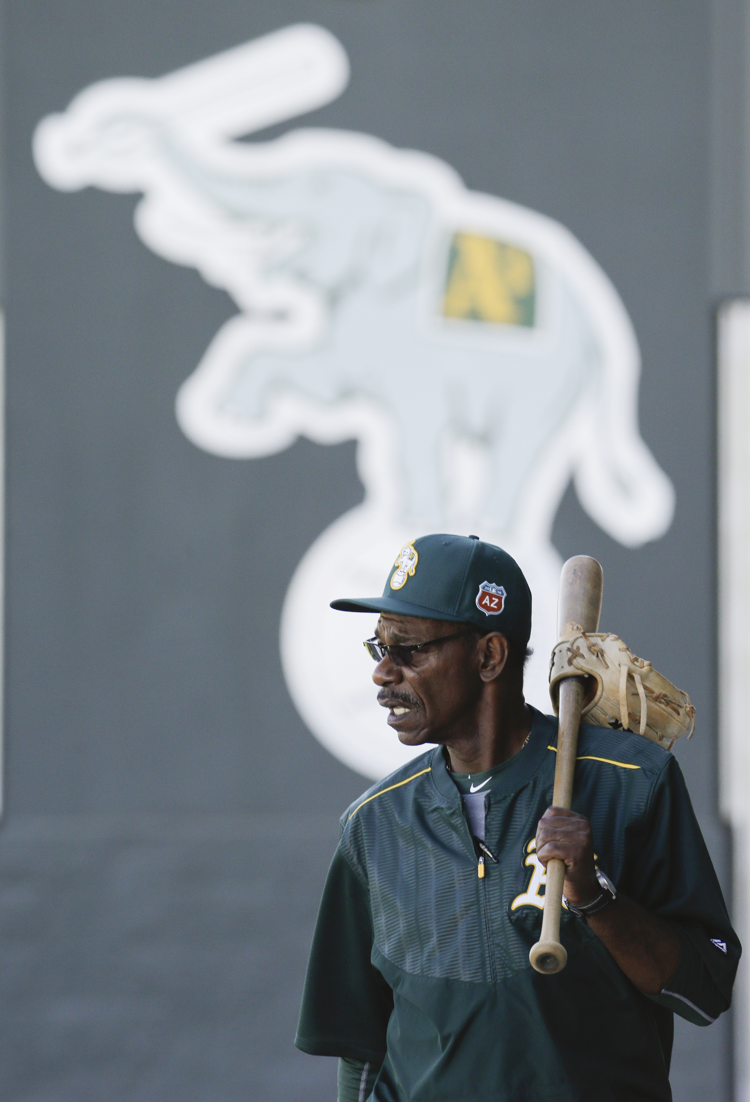Oakland Athletics third base coach Ron Washington arrives for spring training baseball practice in Mesa, Ariz., Sunday, Feb. 21, 2016. (AP Photo/Chris Carlson)
