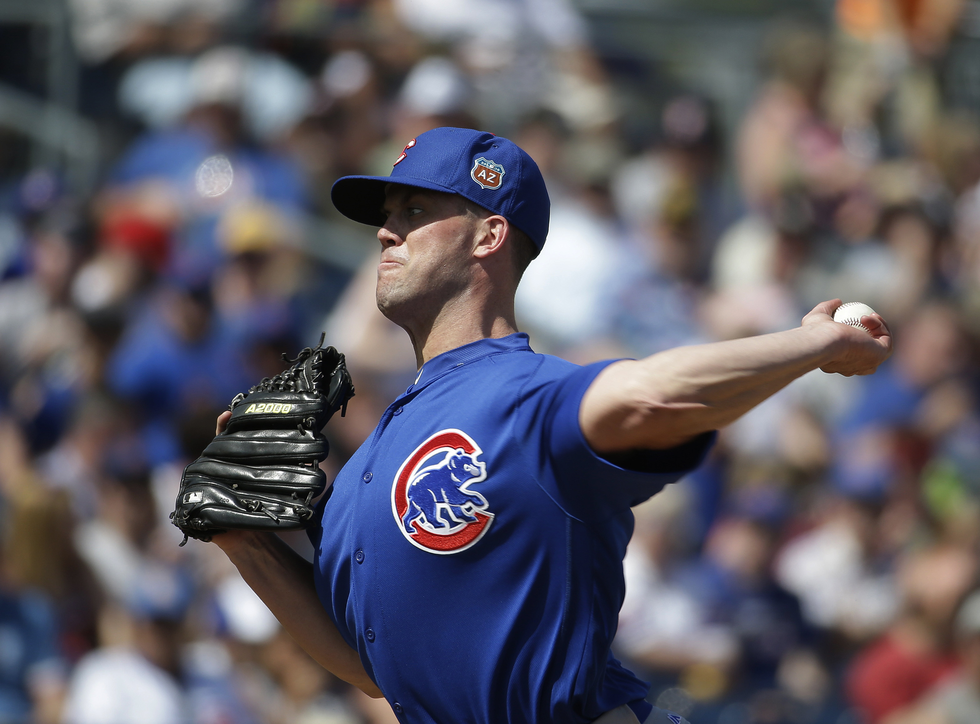 Chicago Cubs' Clayton Richard throws during the first inning of a spring training baseball game against the San Diego Padres on Tuesday, March 15, 2016, in Peoria, Ariz. (AP Photo/Darron Cummings)