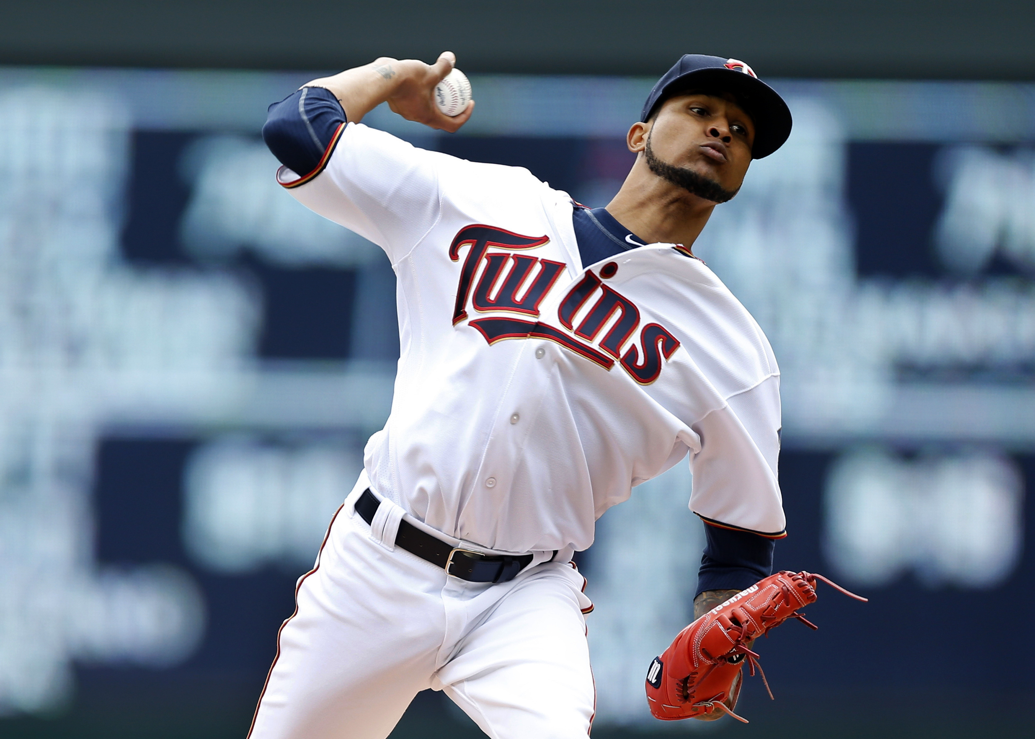 Minnesota Twins pitcher Ervin Santana throws against the Milwaukee Brewers in the first inning of a baseball game Tuesday, April 19, 2016, in Minneapolis. (AP Photo/Jim Mone)