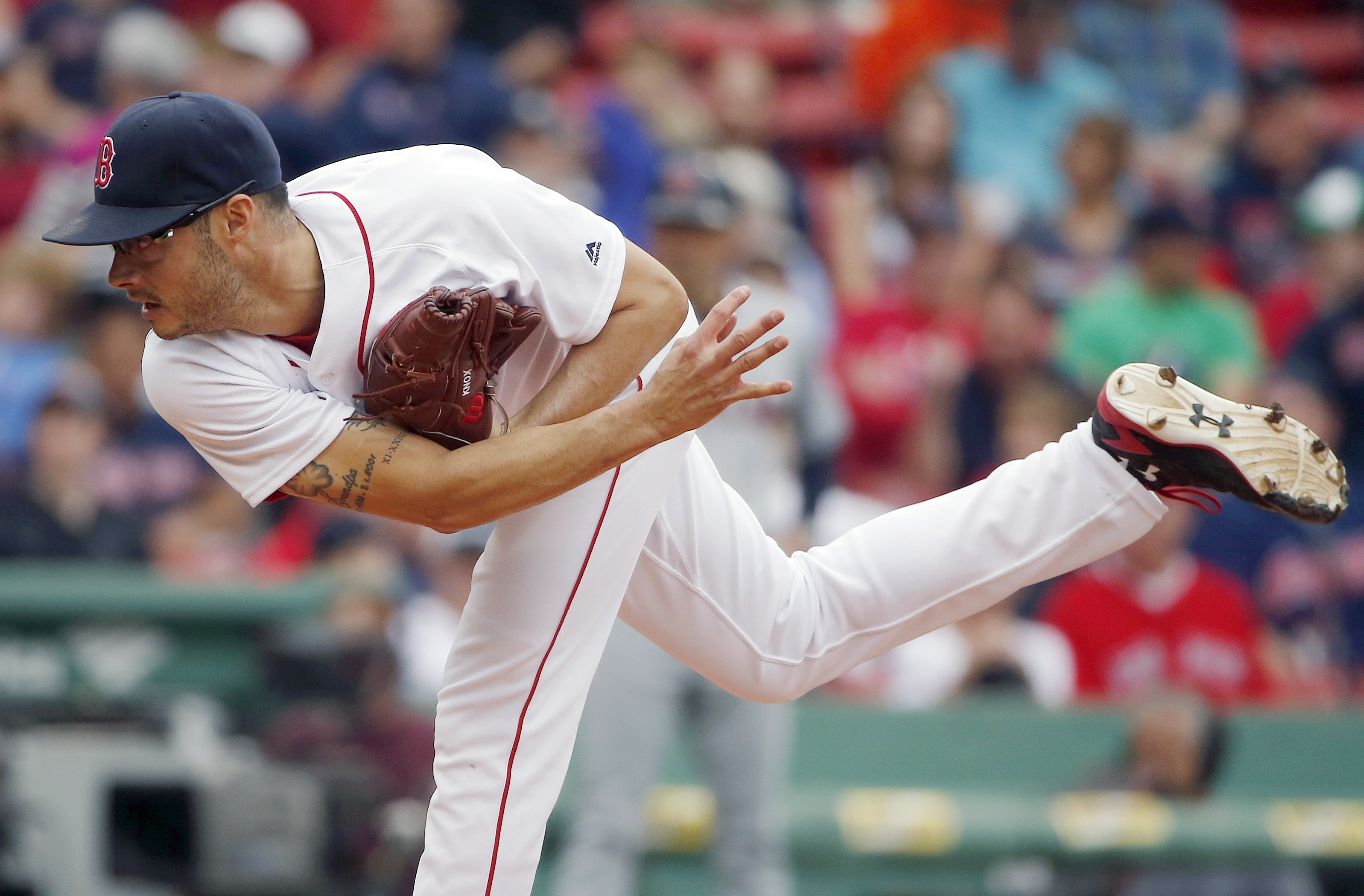 Boston Red Sox's Joe Kelly pitches during the first inning of a baseball game against the Cleveland Indians in Boston, Saturday, May 21, 2016. (AP Photo/Michael Dwyer)