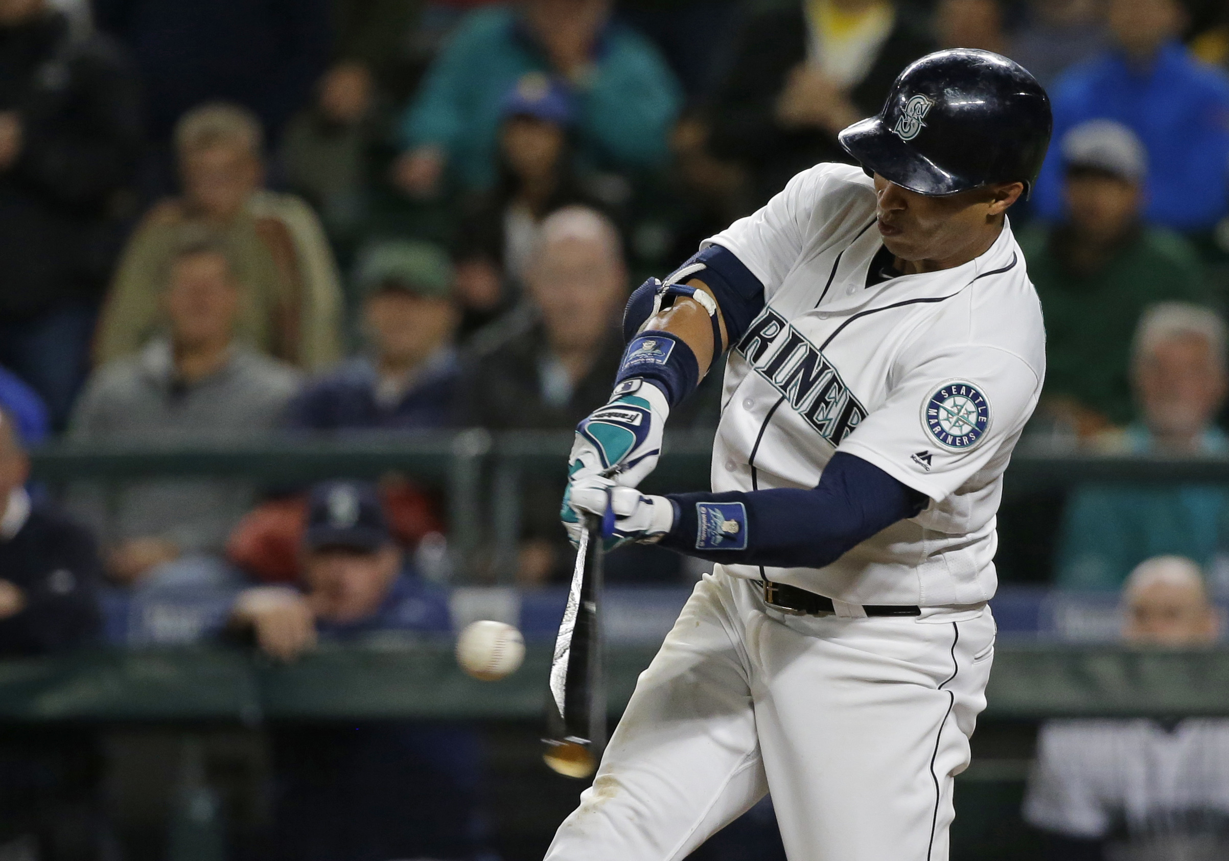 Seattle Mariners' Leonys Martin hits a two-run walk-off home run during the ninth inning of a baseball game against the Oakland Athletics, Tuesday, May 24, 2016, in Seattle. The Mariners won 6-5. (AP Photo/Ted S. Warren)