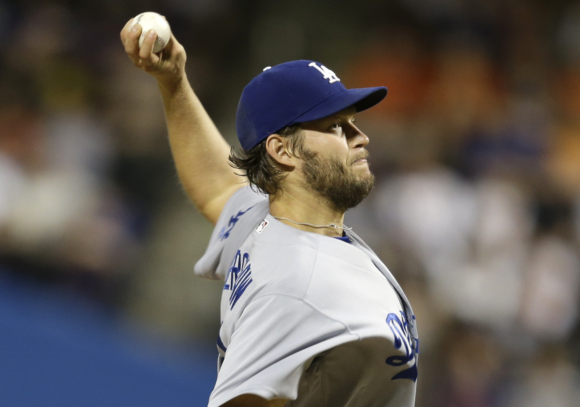 Los Angeles Dodgers starting pitcher Clayton Kershaw throws during the third inning of the baseball game against the New York Mets at Citi Field, Sunday, May 29, 2016 in New York. (AP Photo/Seth Wenig)