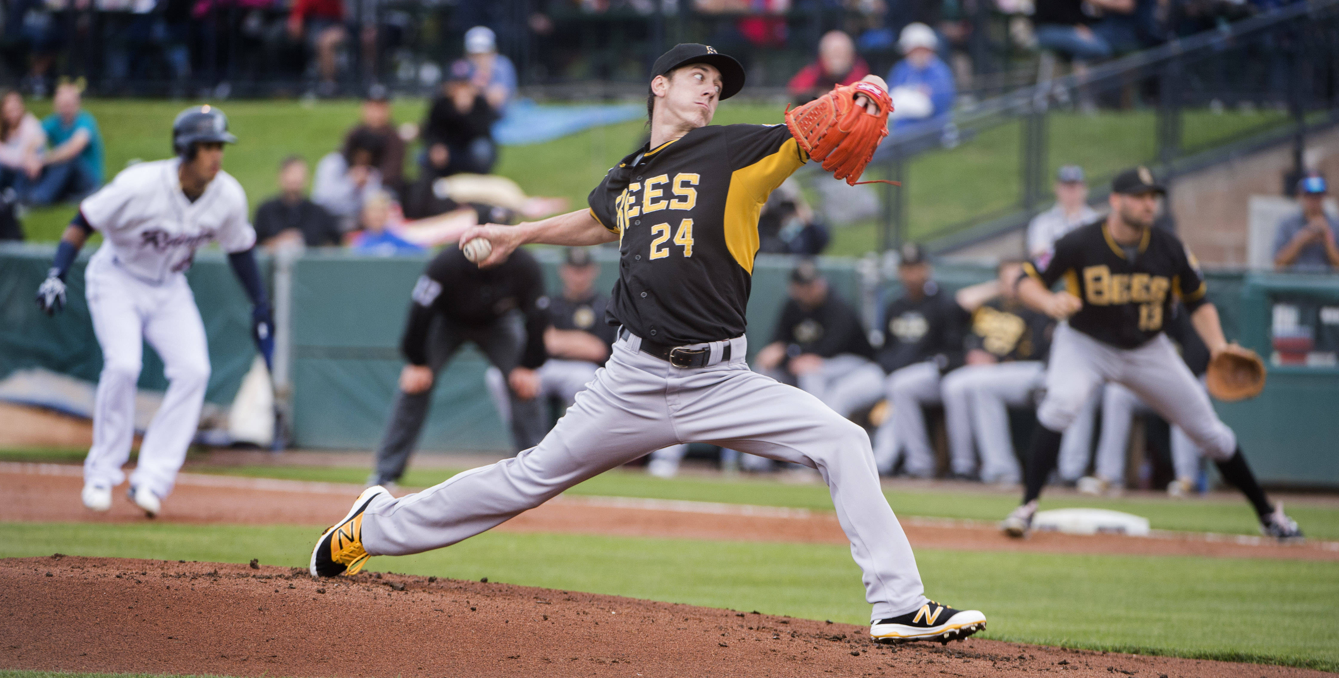 Tim Lincecum pitches for the Triple-A Salt Lake City Bees against the Tacoma Rainiers in a baseball game Thursday, June 2, 2016, in Tacoma, Wash. Lincecum, 7-4 last season with San Francisco, underwent season-ending hip surgery last September and was rele