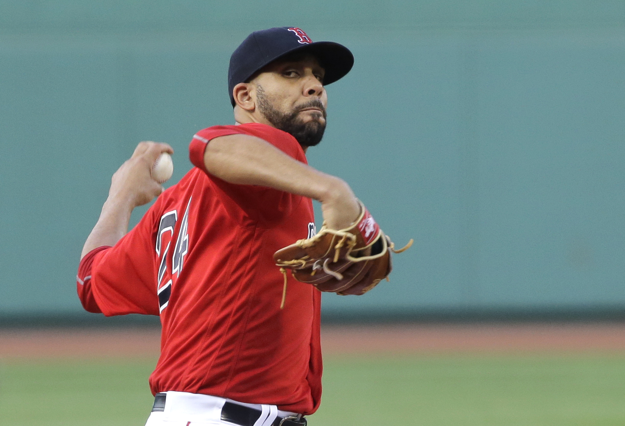 Boston Red Sox starting pitcher David Price delivers to the Toronto Blue Jays in the first inning of a baseball game at Fenway Park, Friday, June 3, 2016, in Boston. (AP Photo/Elise Amendola)